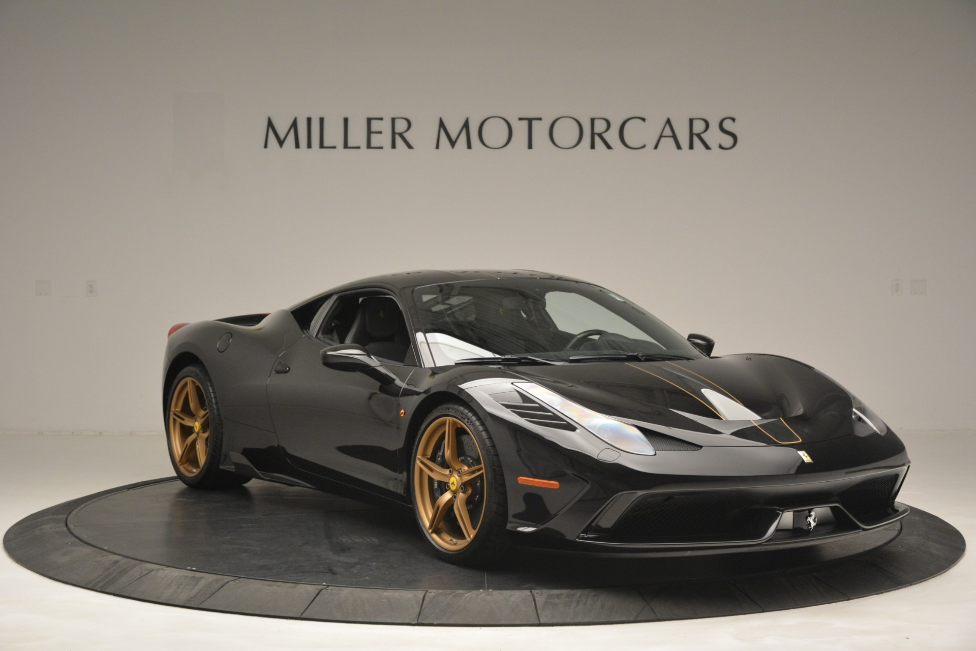 Used 2014 Ferrari 458 Speciale  For Sale In Westport, CT 3036_p11