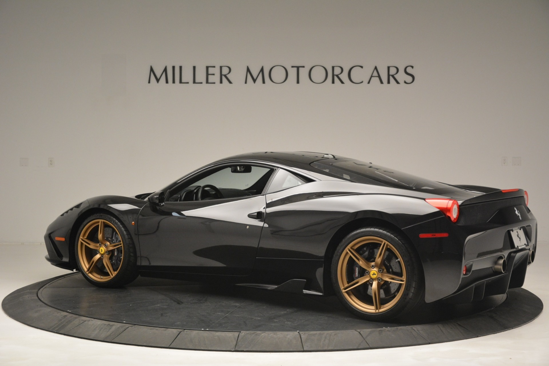 Used 2014 Ferrari 458 Speciale  For Sale In Westport, CT 3036_p4