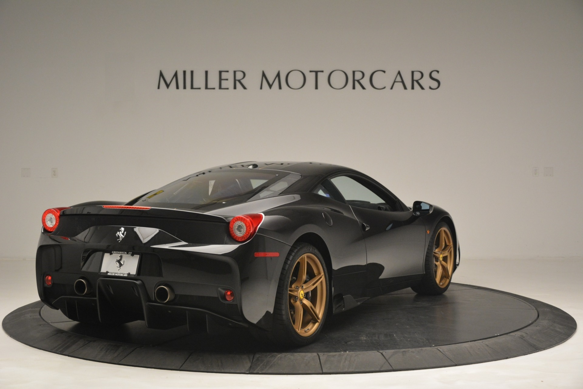 Used 2014 Ferrari 458 Speciale  For Sale In Westport, CT 3036_p7