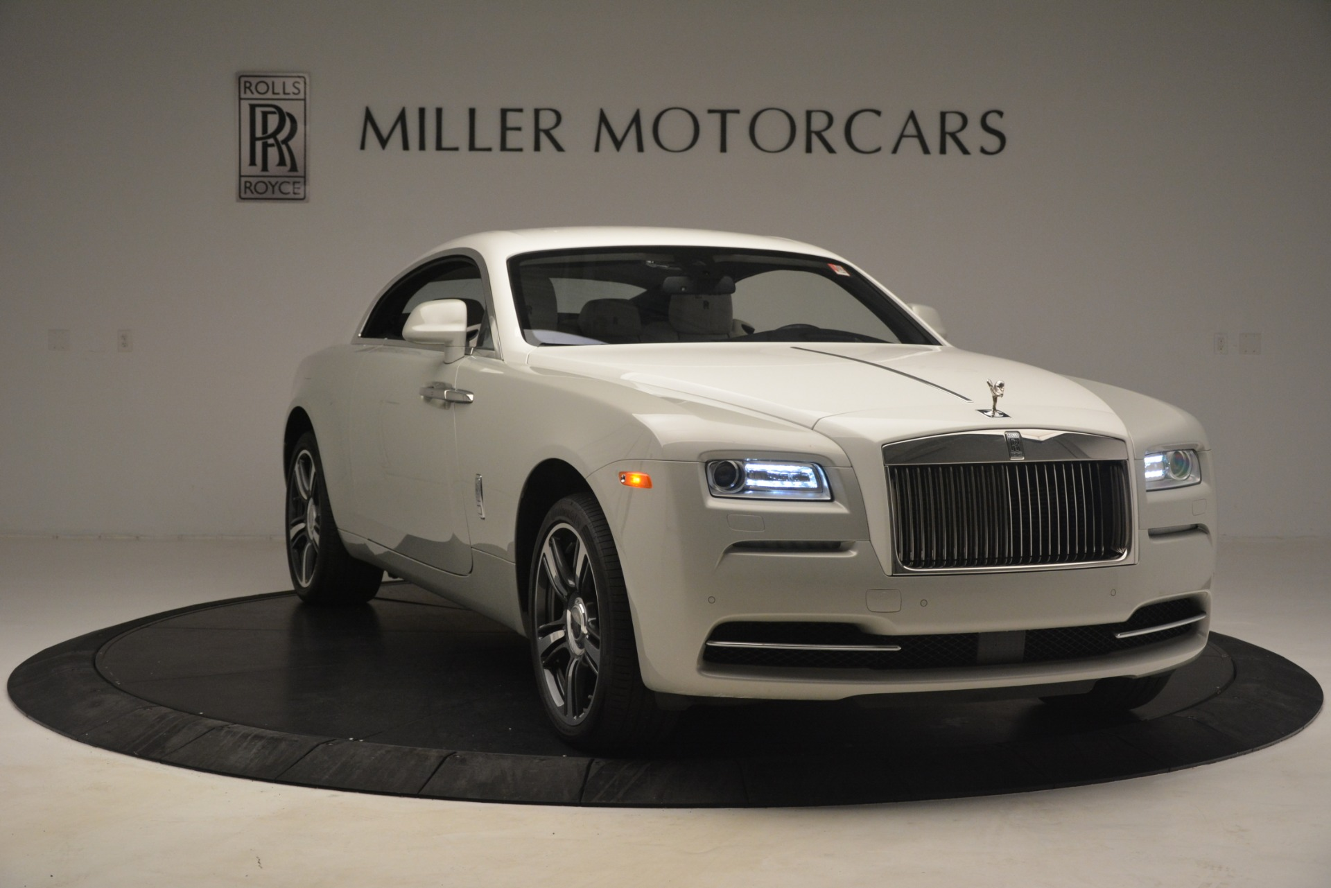Used 2016 Rolls-Royce Wraith  For Sale In Westport, CT 3043_p13