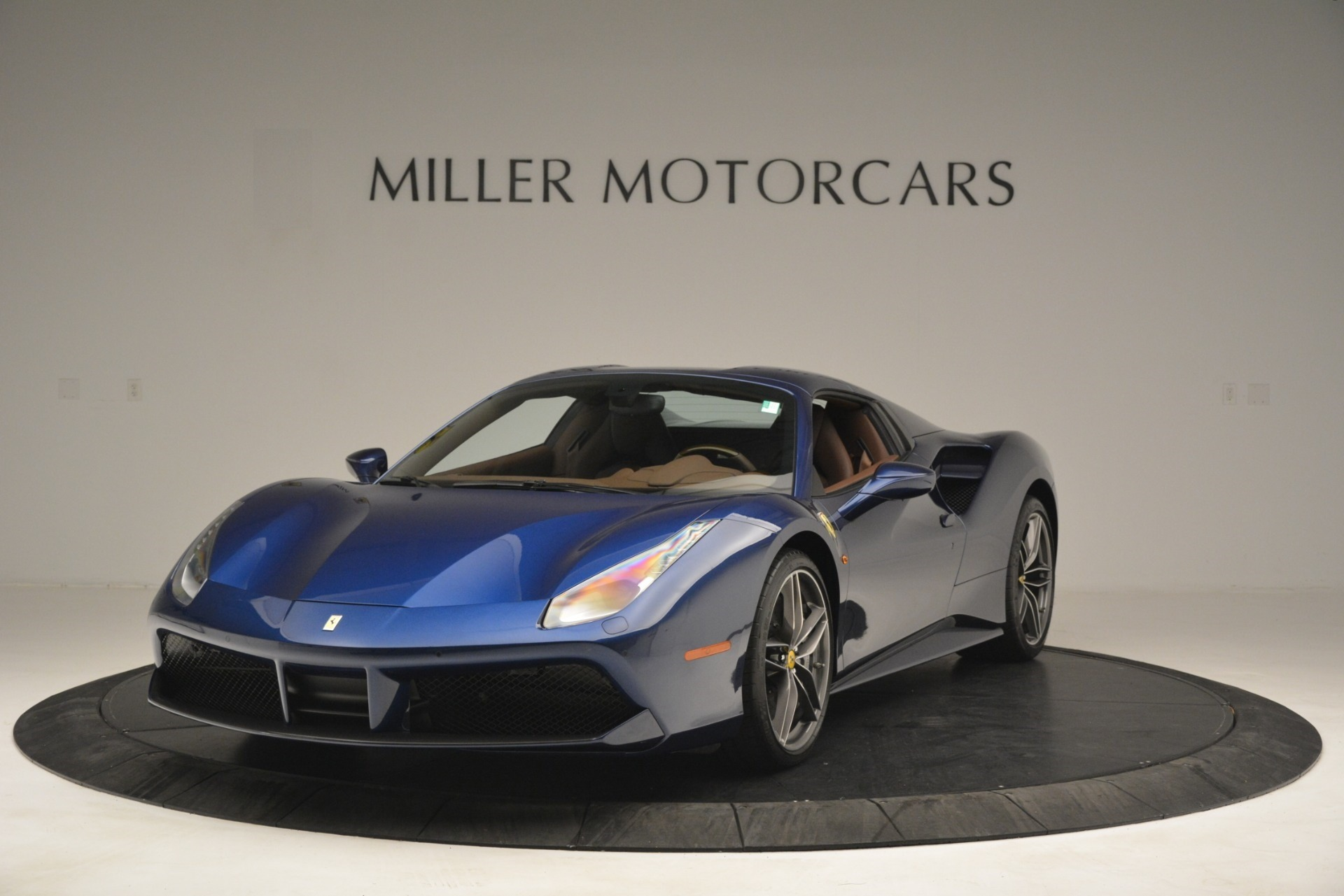 Used 2018 Ferrari 488 Spider  For Sale In Westport, CT 3045_p13