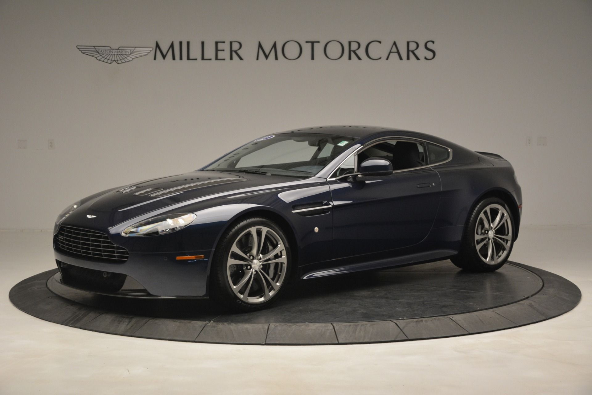 Used 2012 Aston Martin V12 Vantage  For Sale In Westport, CT 3046_p2