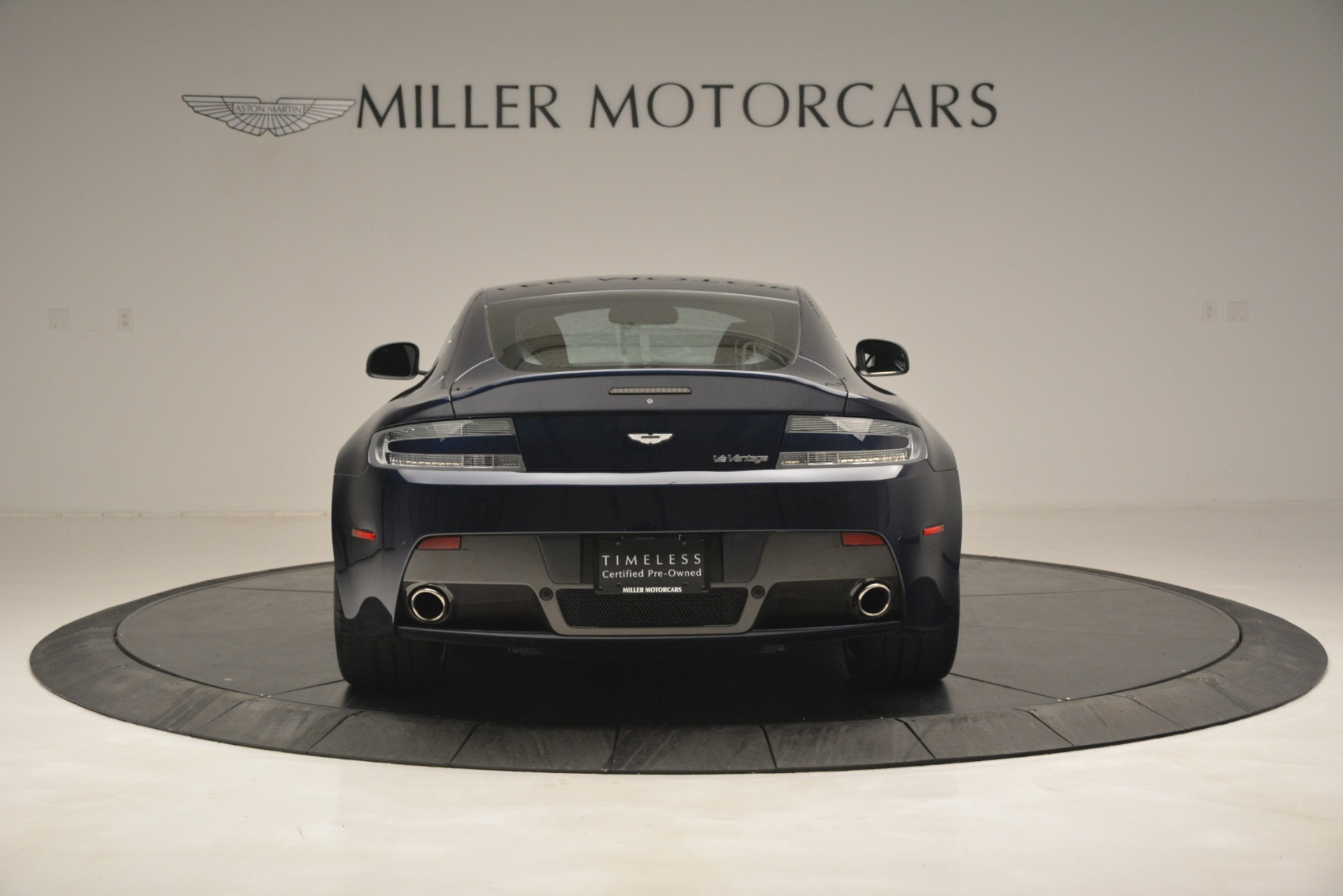 Used 2012 Aston Martin V12 Vantage  For Sale In Westport, CT 3046_p6