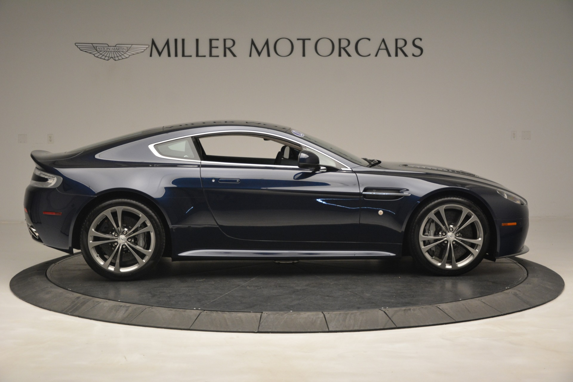Used 2012 Aston Martin V12 Vantage  For Sale In Westport, CT 3046_p9