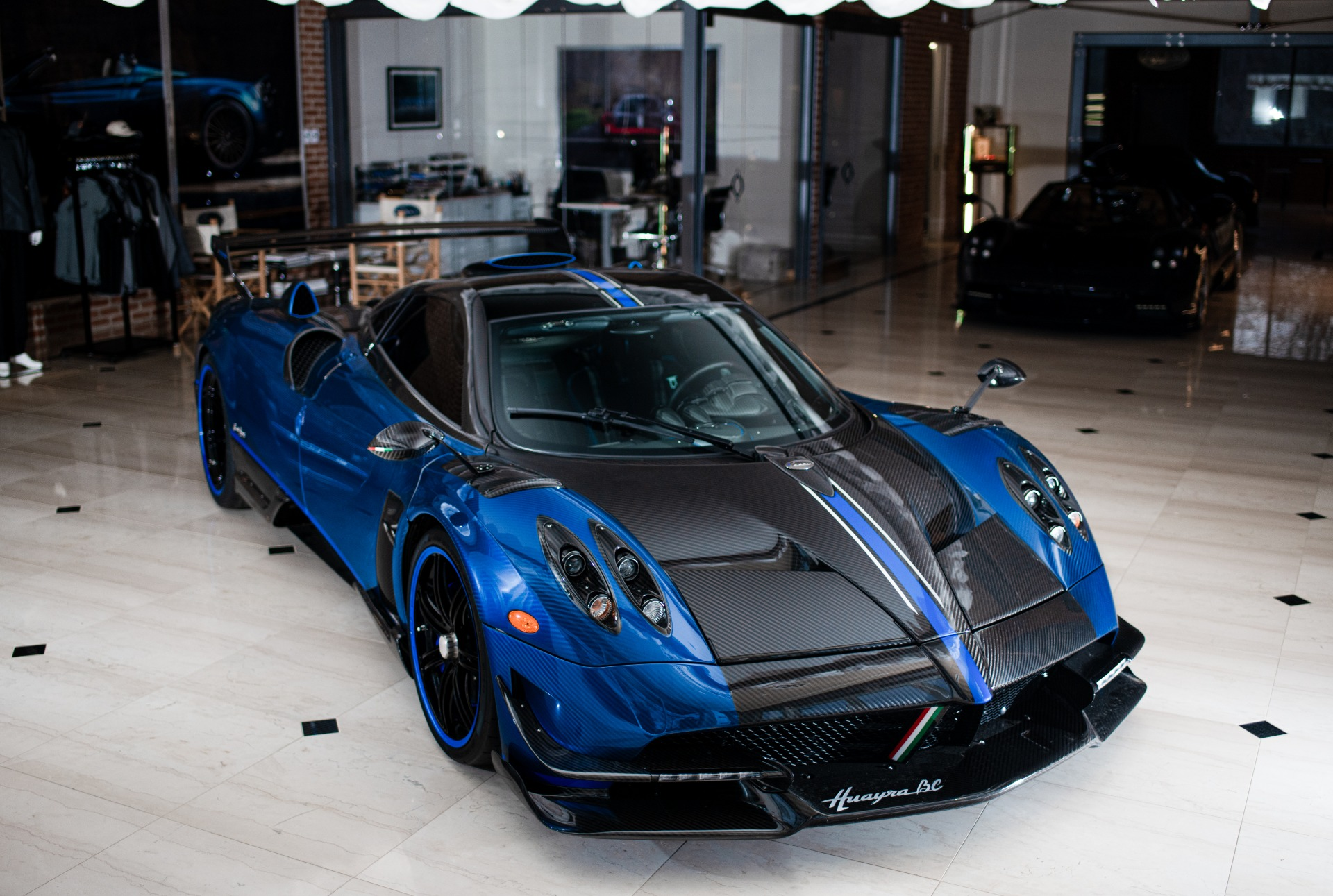 Used 2017 Pagani Huayra BC Macchina Volante For Sale In Westport, CT 3051_p5