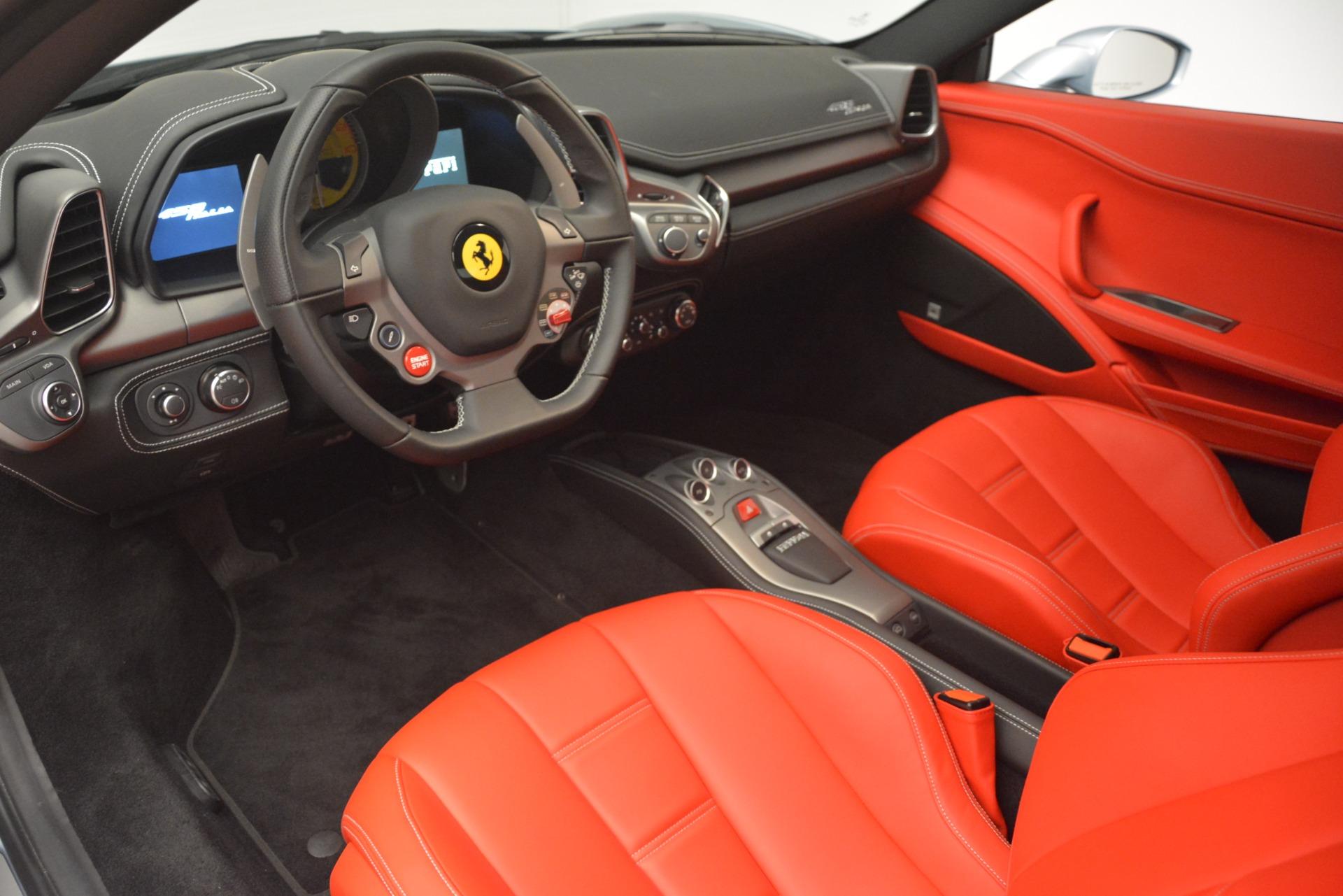 Used 2015 Ferrari 458 Italia  For Sale In Westport, CT 3052_p13