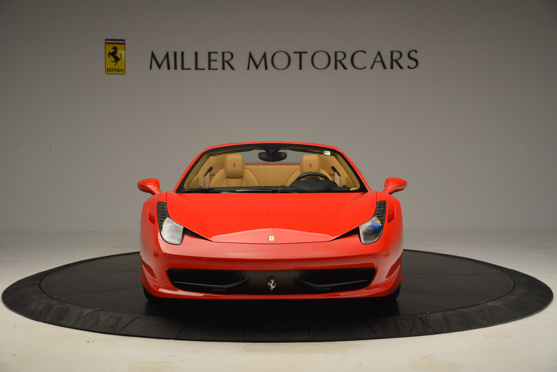 Used 2013 Ferrari 458 Spider  For Sale In Westport, CT 3057_p12