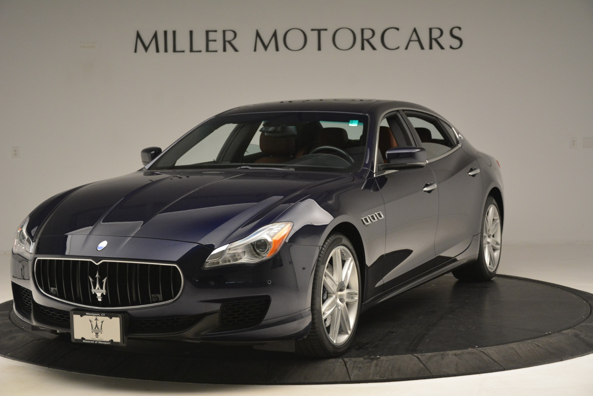 Used 2015 Maserati Quattroporte S Q4 For Sale In Westport, CT 3058_main