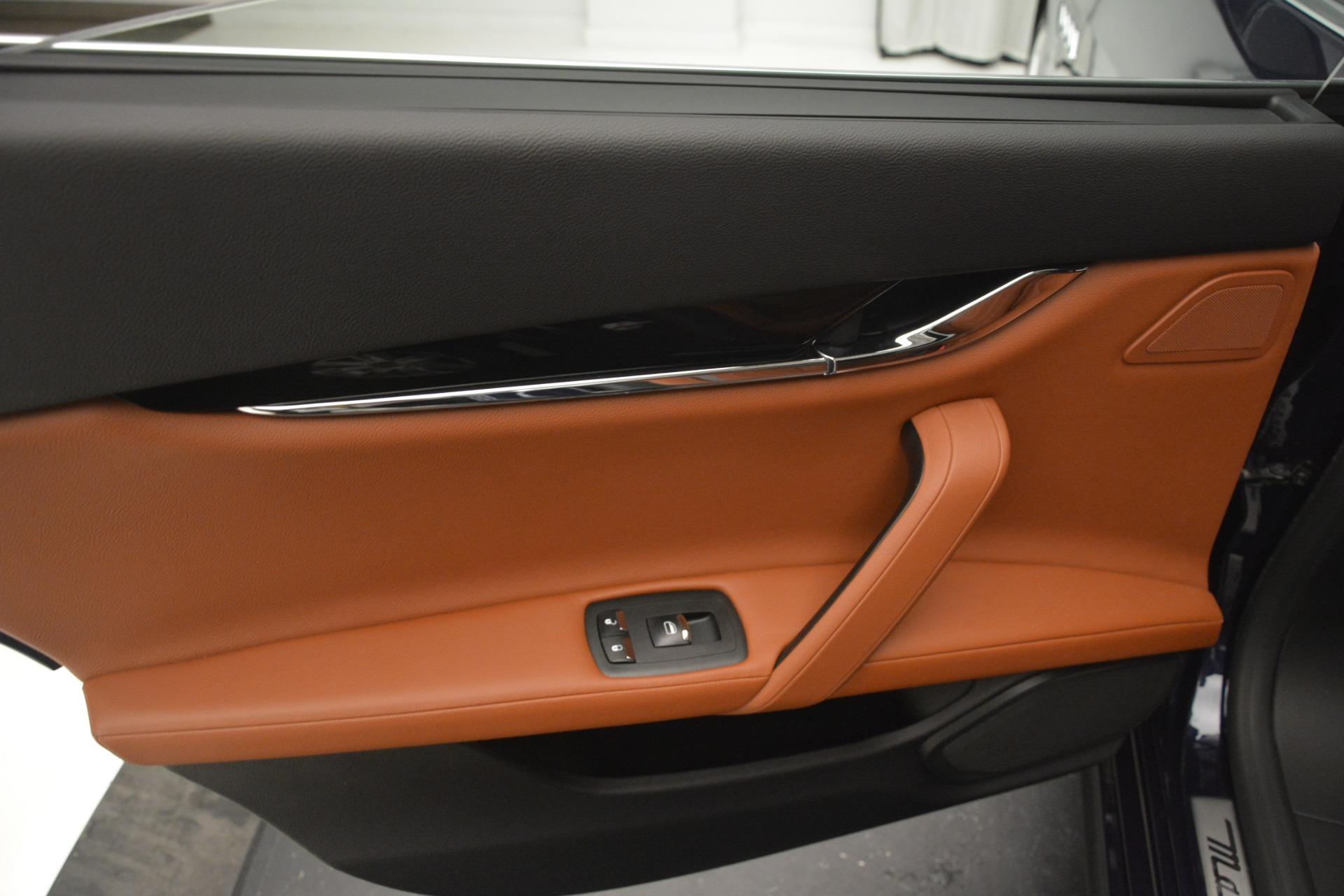 Used 2015 Maserati Quattroporte S Q4 For Sale In Westport, CT 3058_p20