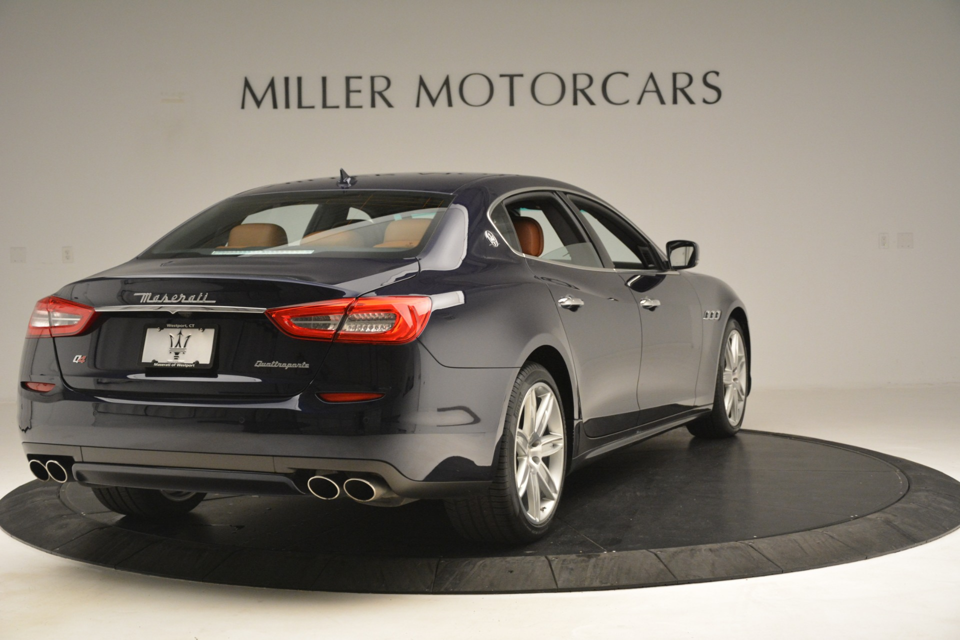 Used 2015 Maserati Quattroporte S Q4 For Sale In Westport, CT 3058_p7