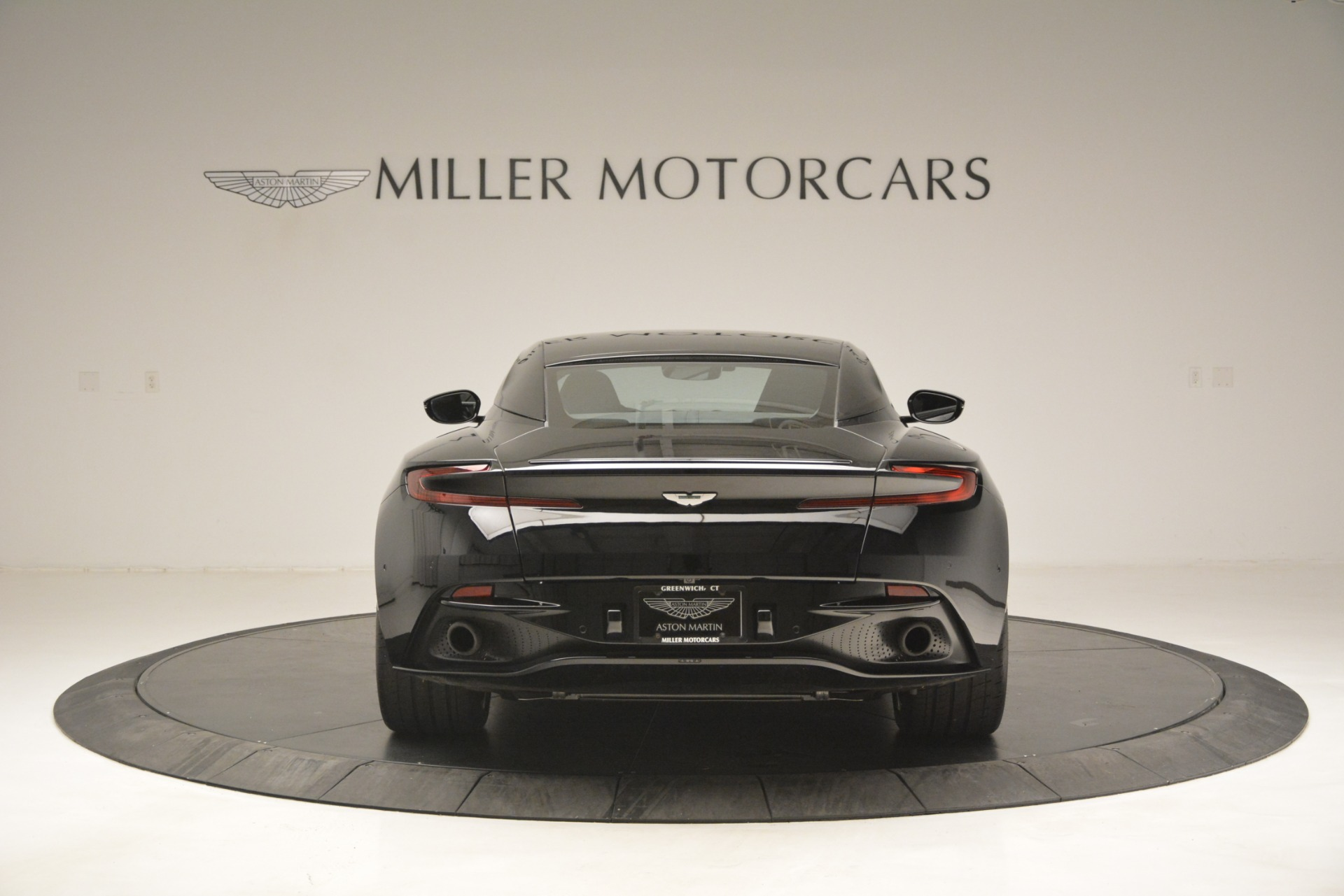 Used 2017 Aston Martin DB11 V12 Coupe For Sale In Westport, CT 3064_p6