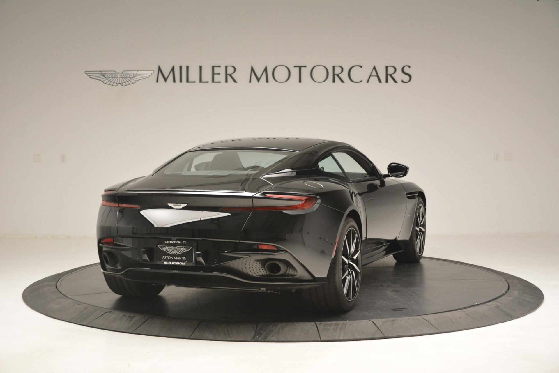 Used 2017 Aston Martin DB11 V12 Coupe For Sale In Westport, CT 3064_p7