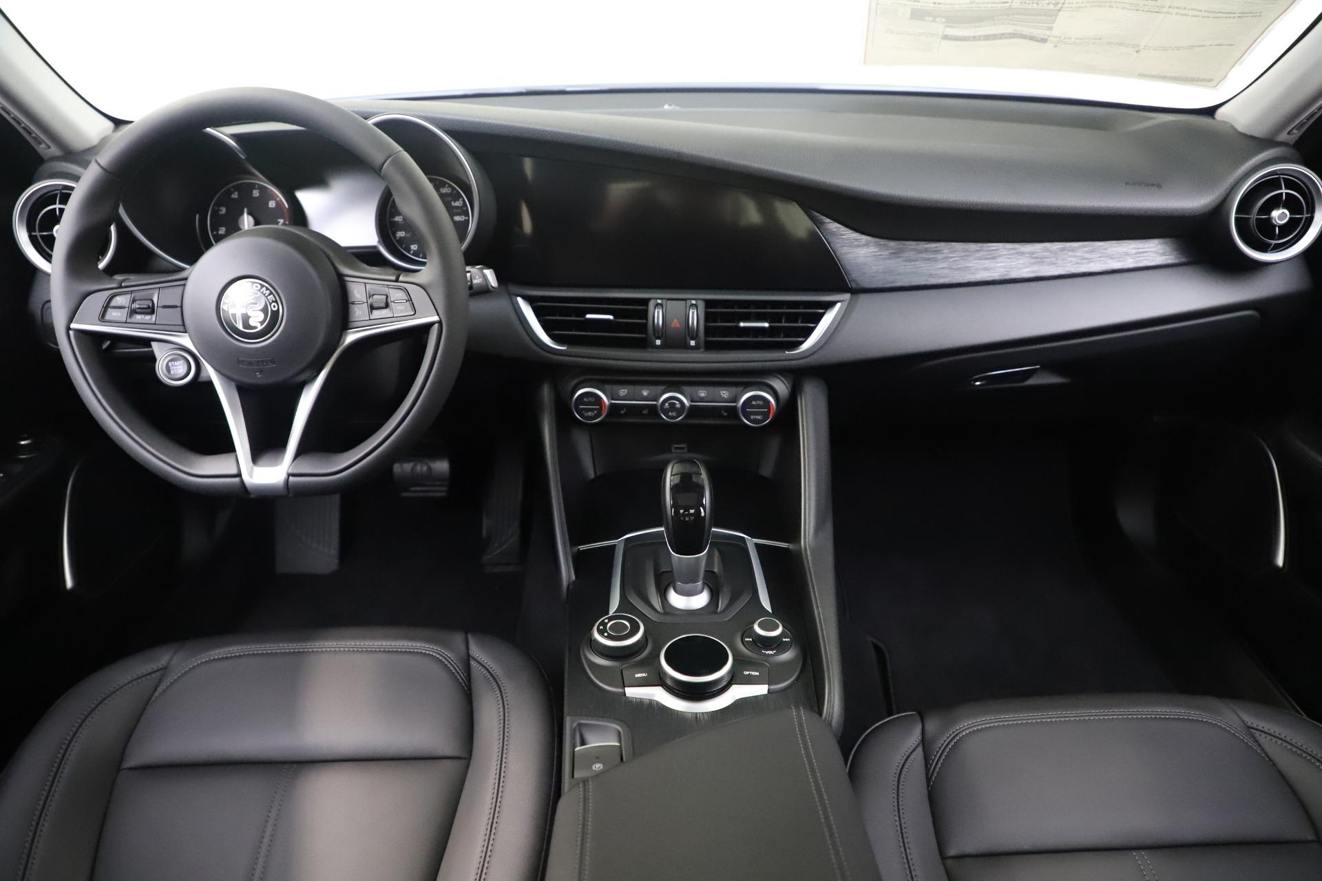 New 2019 Alfa Romeo Giulia Q4 For Sale In Westport, CT 3071_p16