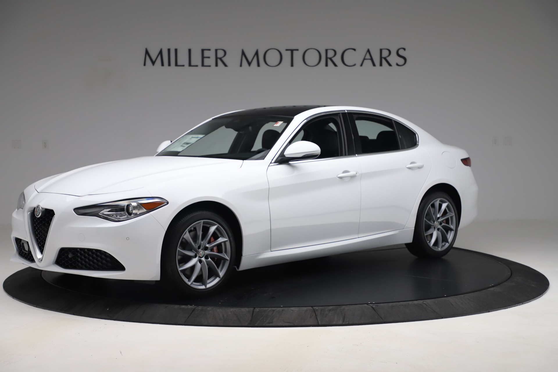 New 2019 Alfa Romeo Giulia Q4 For Sale In Westport, CT 3071_p2