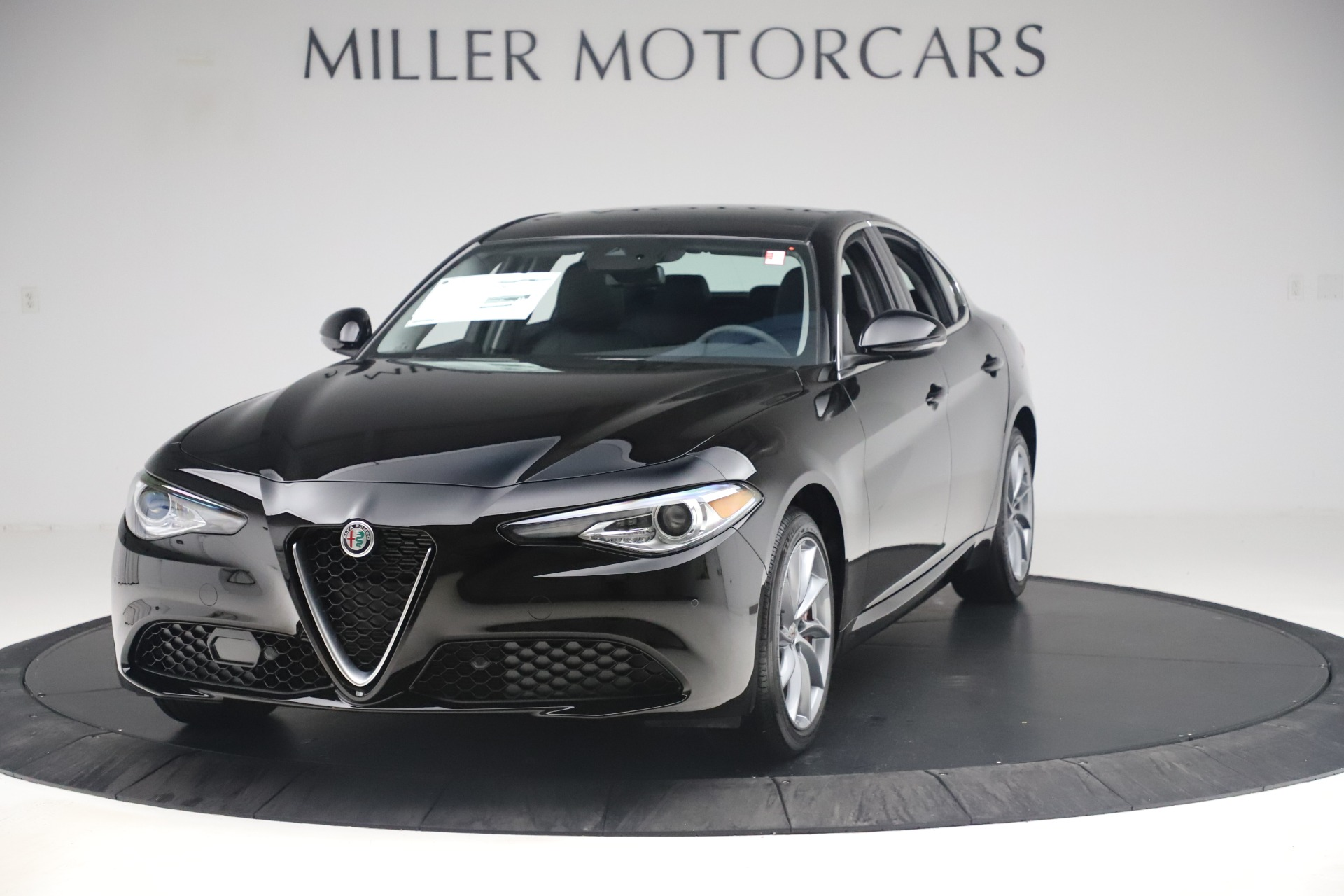 New 2019 Alfa Romeo Giulia Q4 For Sale In Westport, CT 3072_main