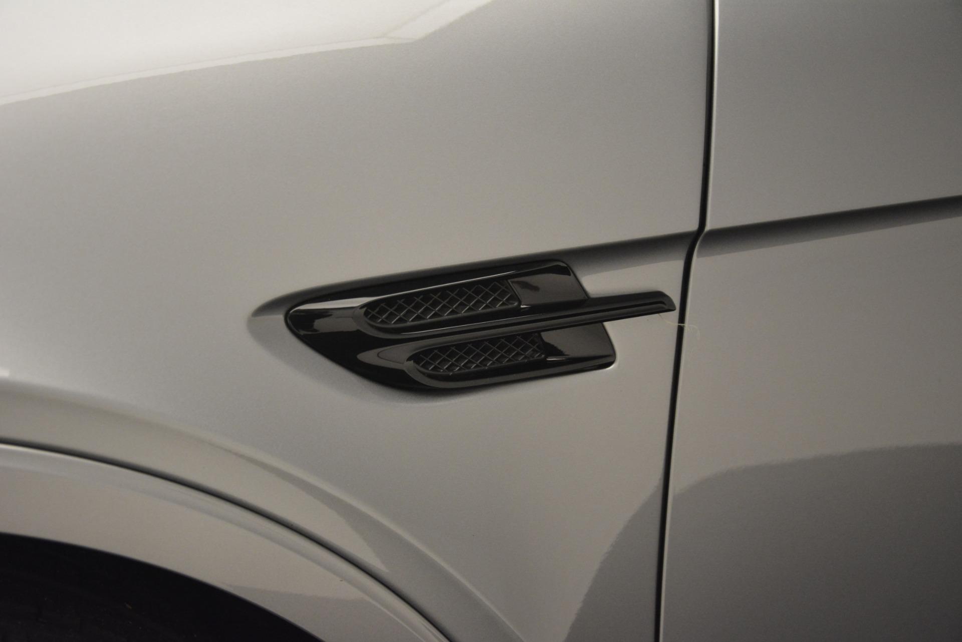 Used 2019 Bentley Bentayga V8 For Sale In Westport, CT 3084_p17