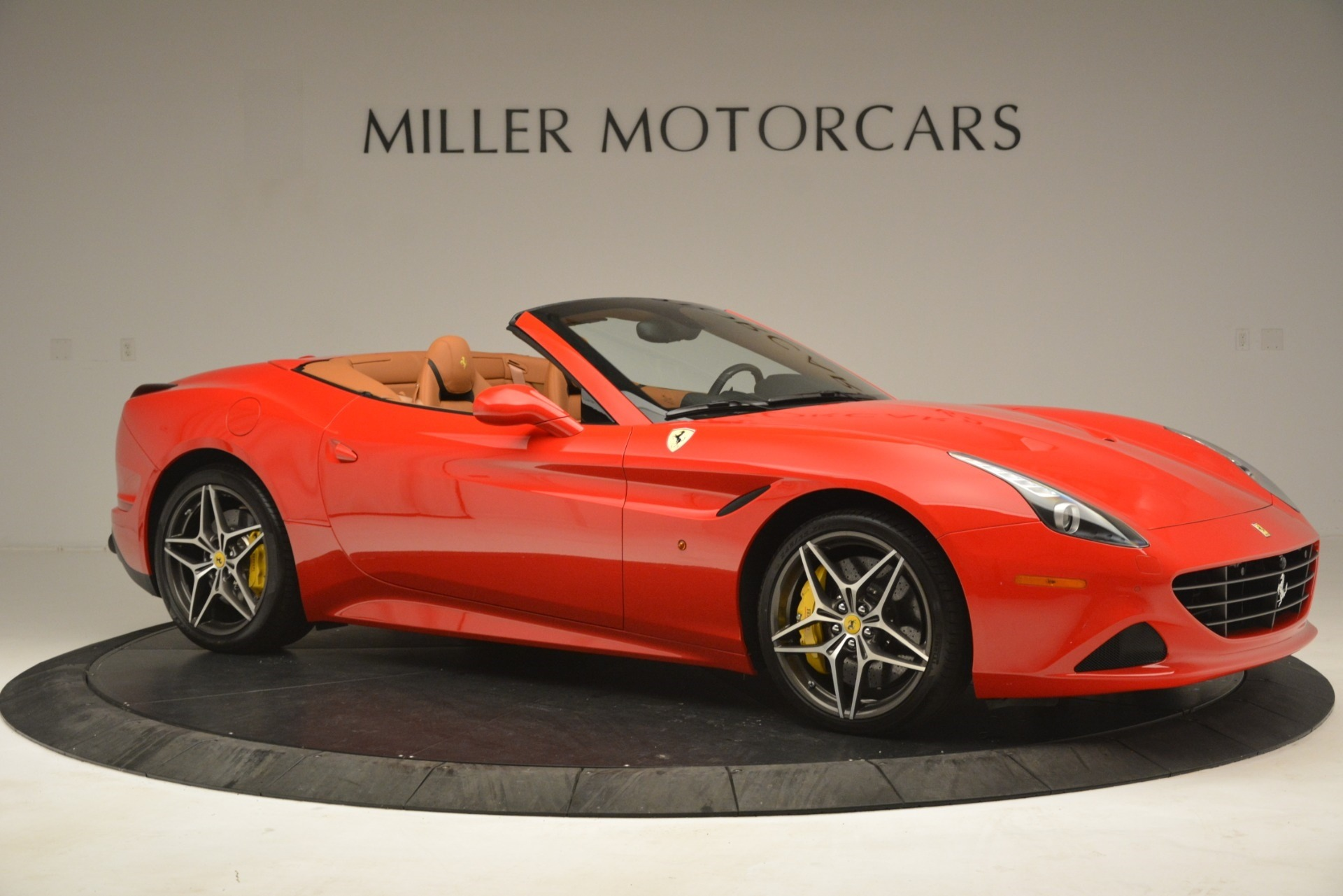 Used 2017 Ferrari California T Handling Speciale For Sale In Westport, CT 3086_p10