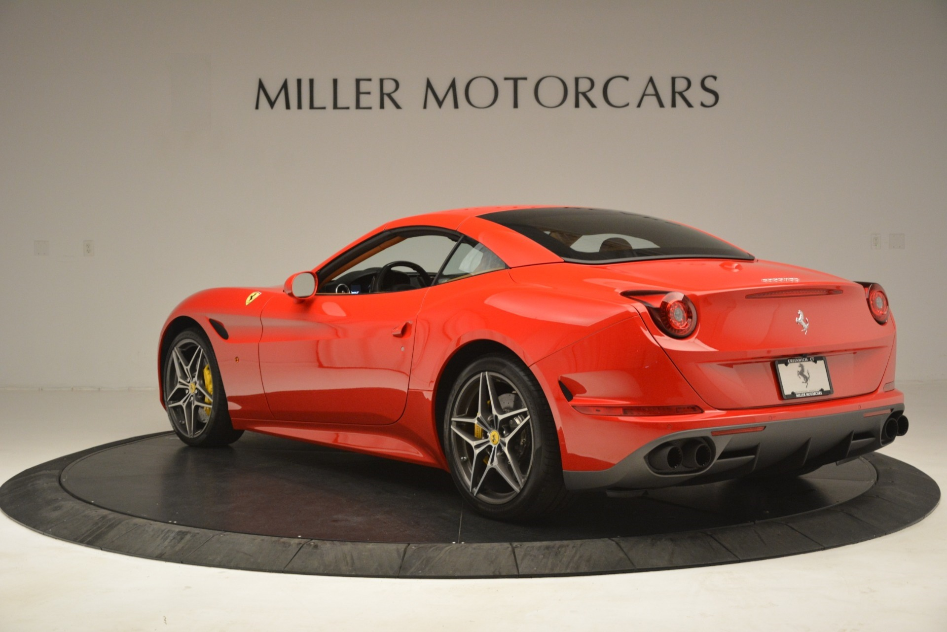 Used 2017 Ferrari California T Handling Speciale For Sale In Westport, CT 3086_p15