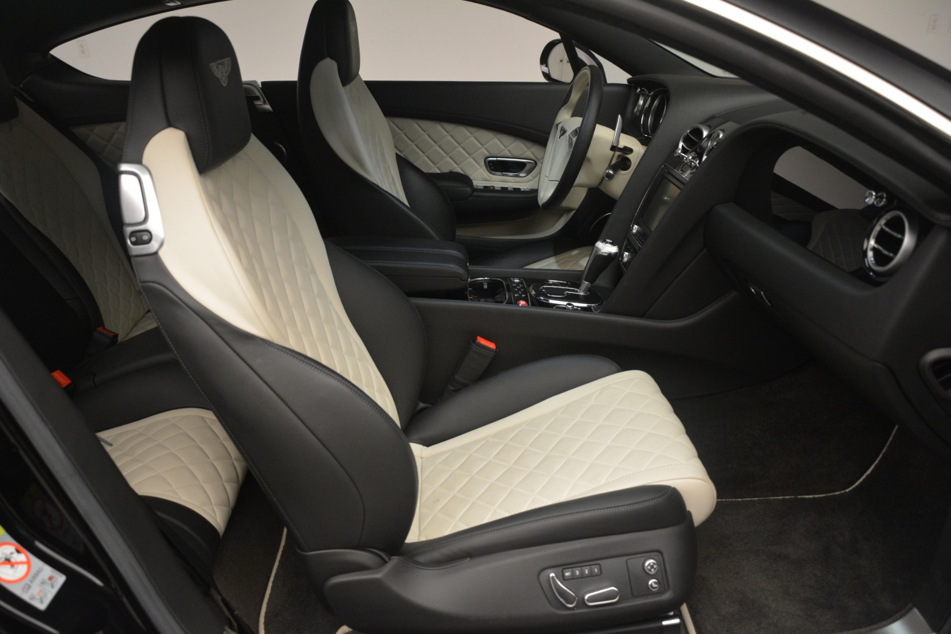 Used 2016 Bentley Continental GT V8 S For Sale In Westport, CT 3088_p26