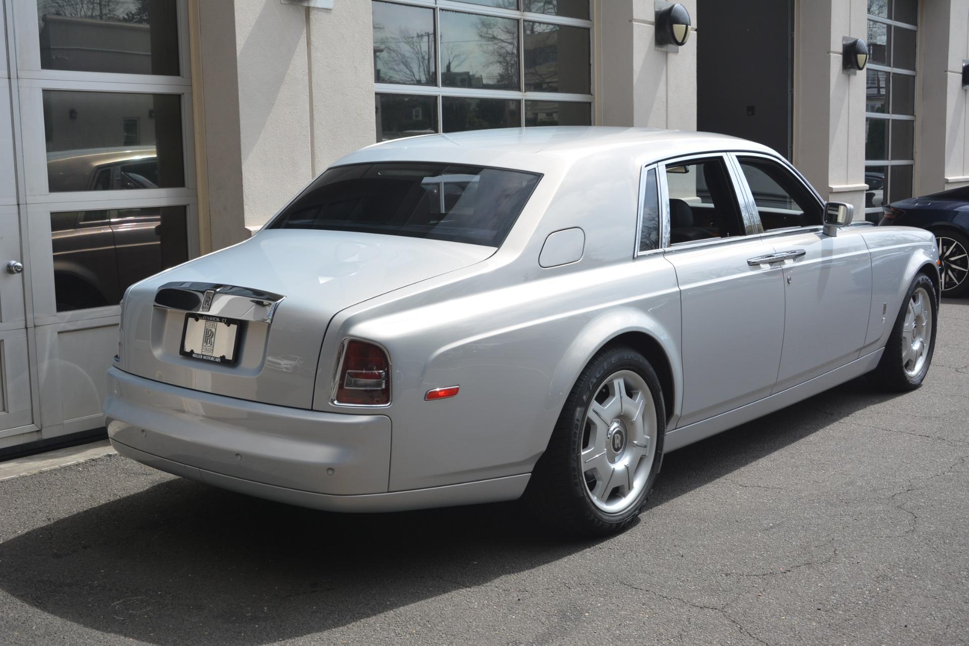 Used 2007 Rolls-Royce Phantom  For Sale In Westport, CT 3089_p12
