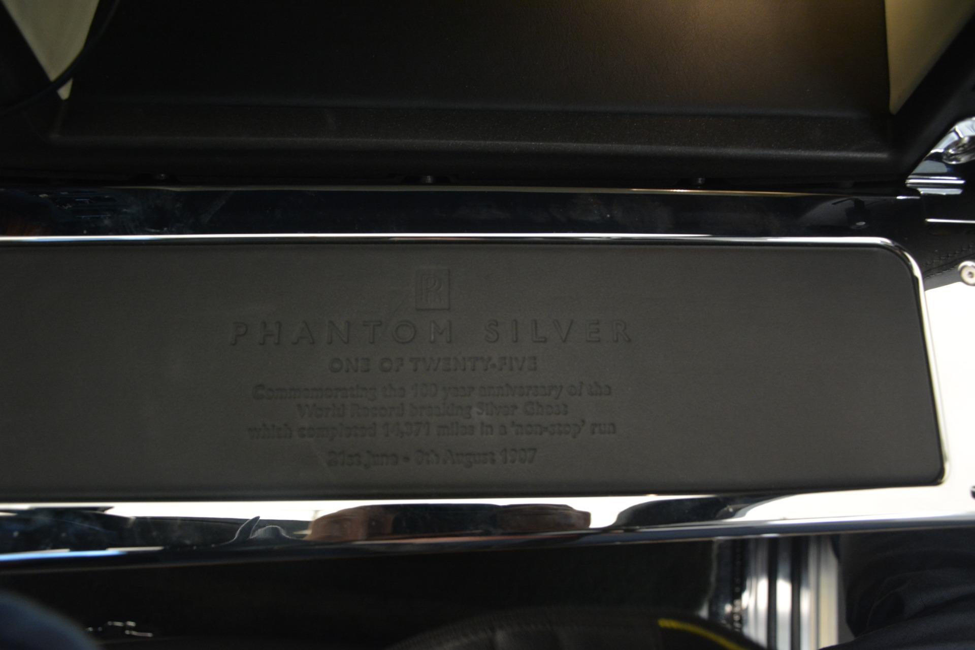 Used 2007 Rolls-Royce Phantom  For Sale In Westport, CT 3089_p15