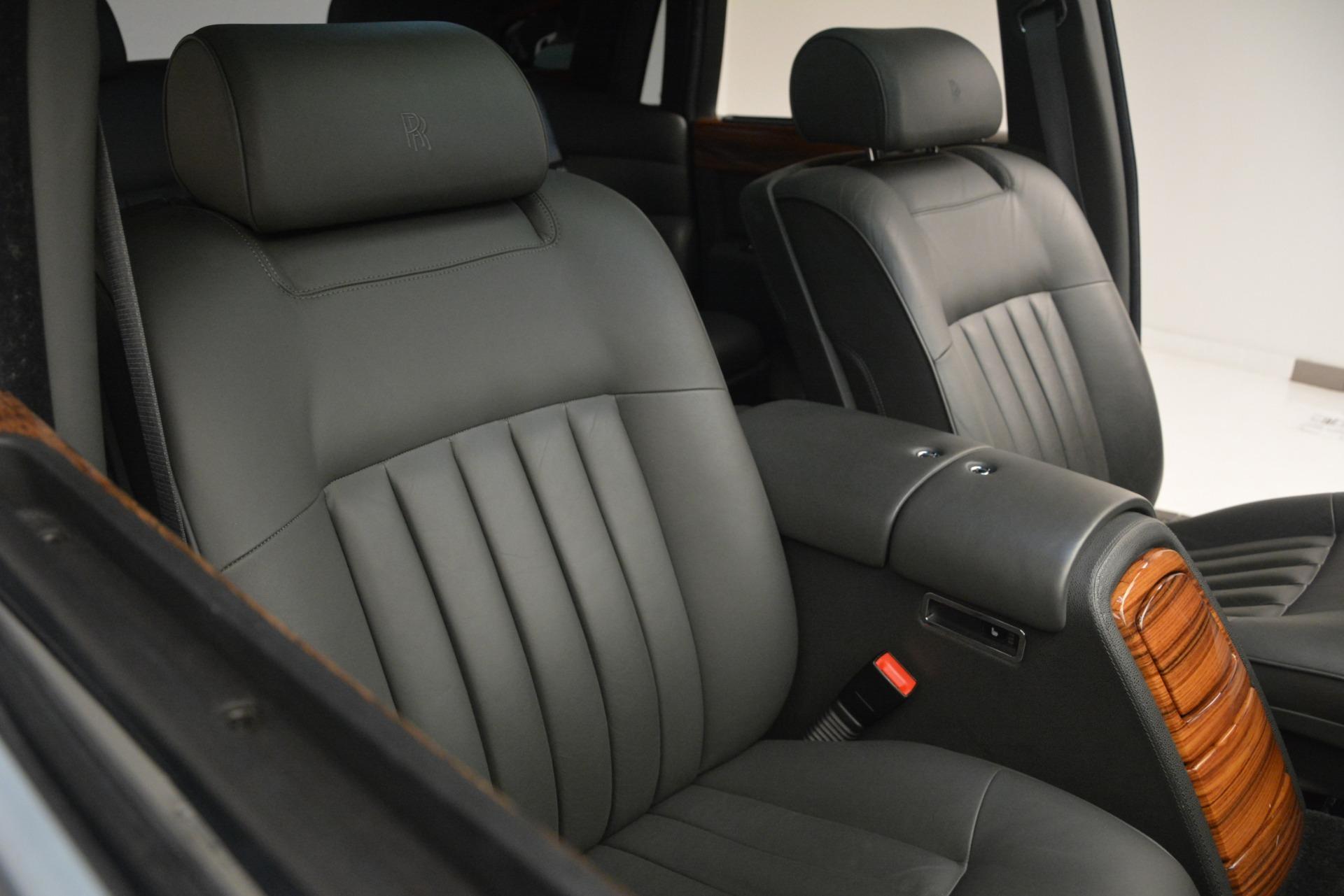 Used 2007 Rolls-Royce Phantom  For Sale In Westport, CT 3089_p18