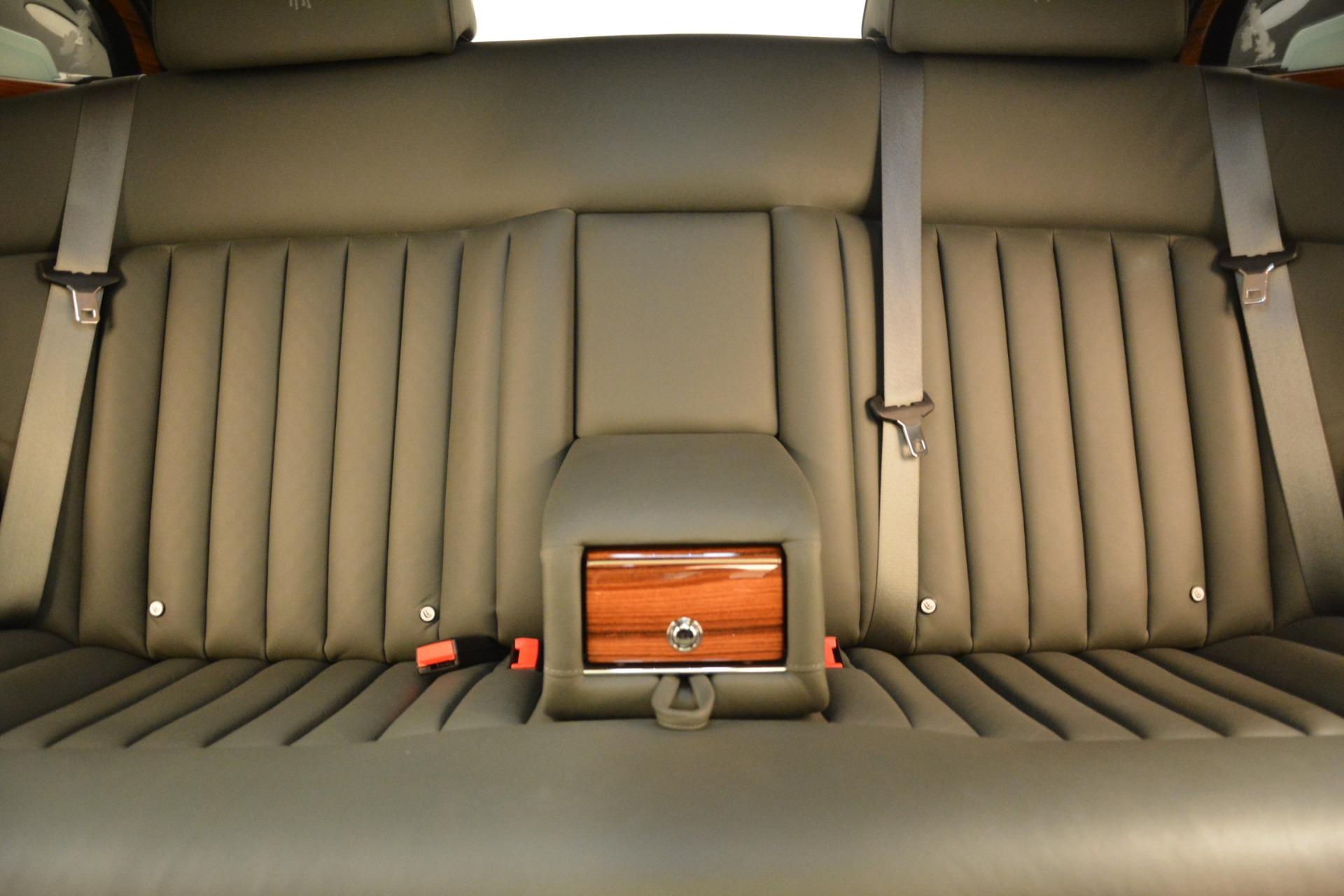 Used 2007 Rolls-Royce Phantom  For Sale In Westport, CT 3089_p24