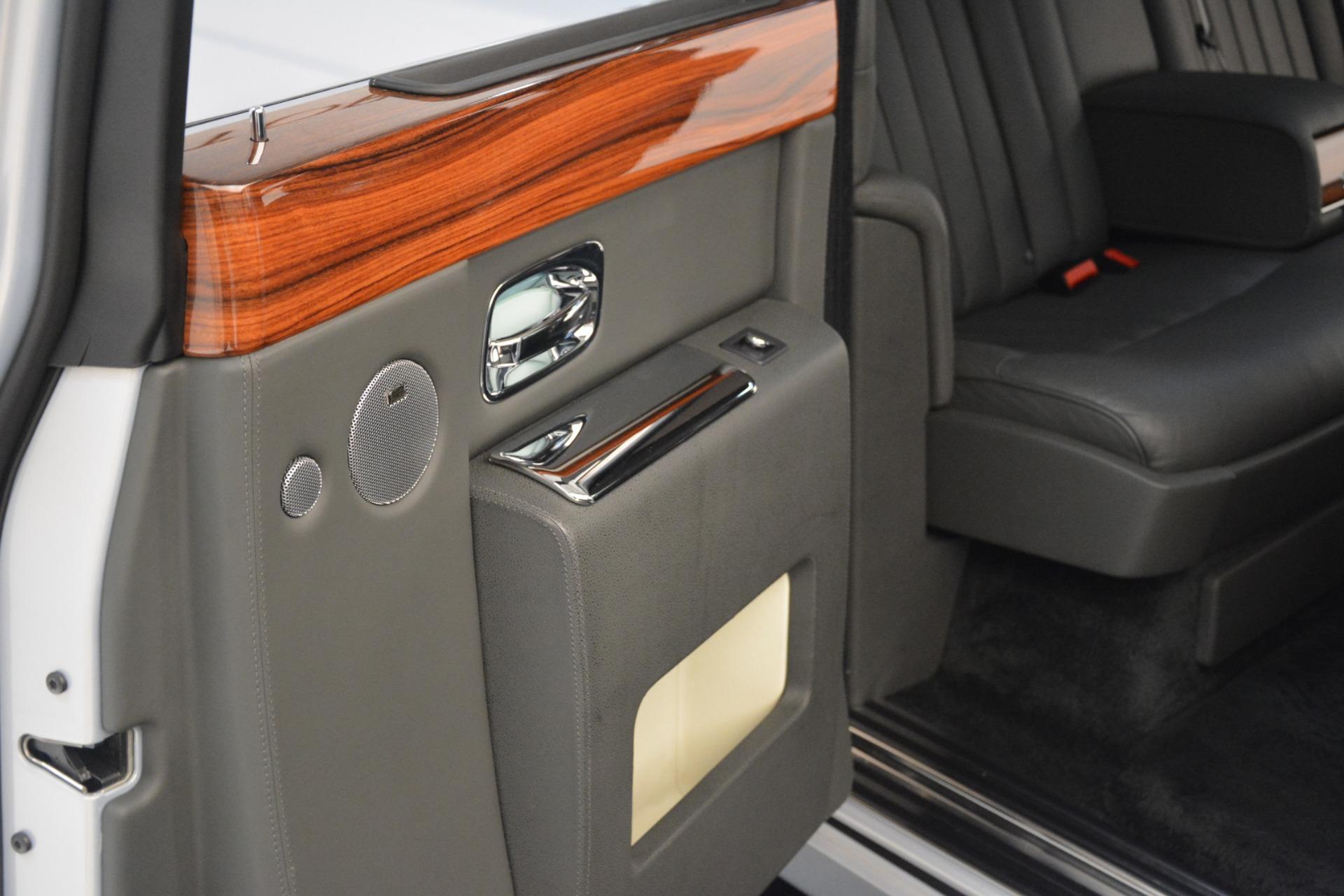 Used 2007 Rolls-Royce Phantom  For Sale In Westport, CT 3089_p27
