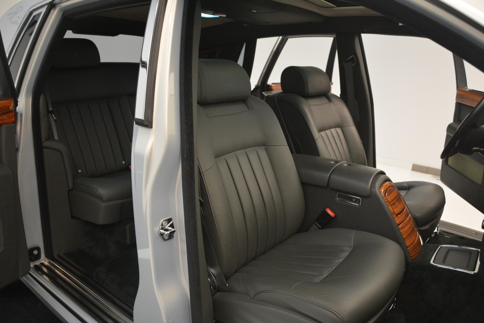 Used 2007 Rolls-Royce Phantom  For Sale In Westport, CT 3089_p29