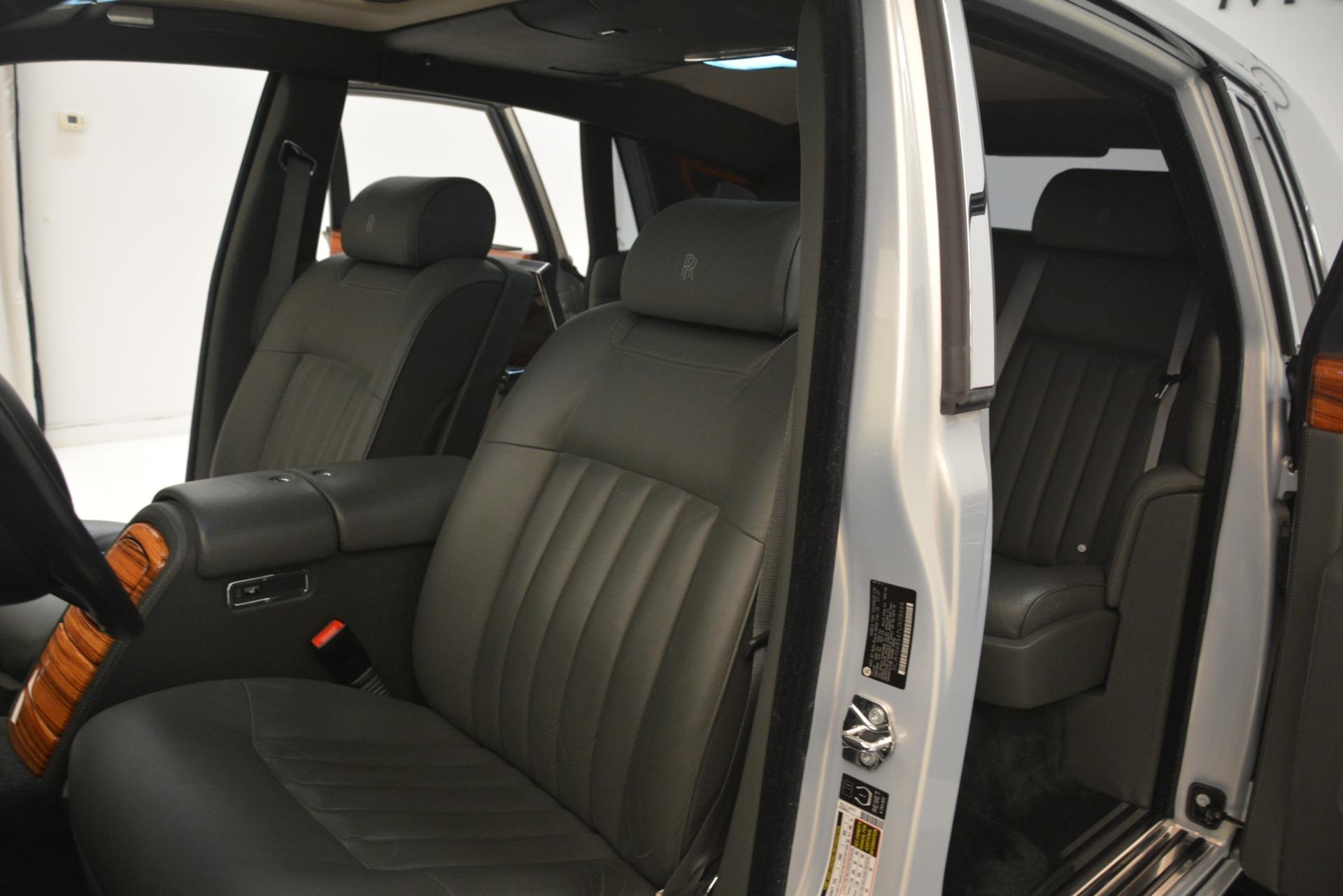 Used 2007 Rolls-Royce Phantom  For Sale In Westport, CT 3089_p30