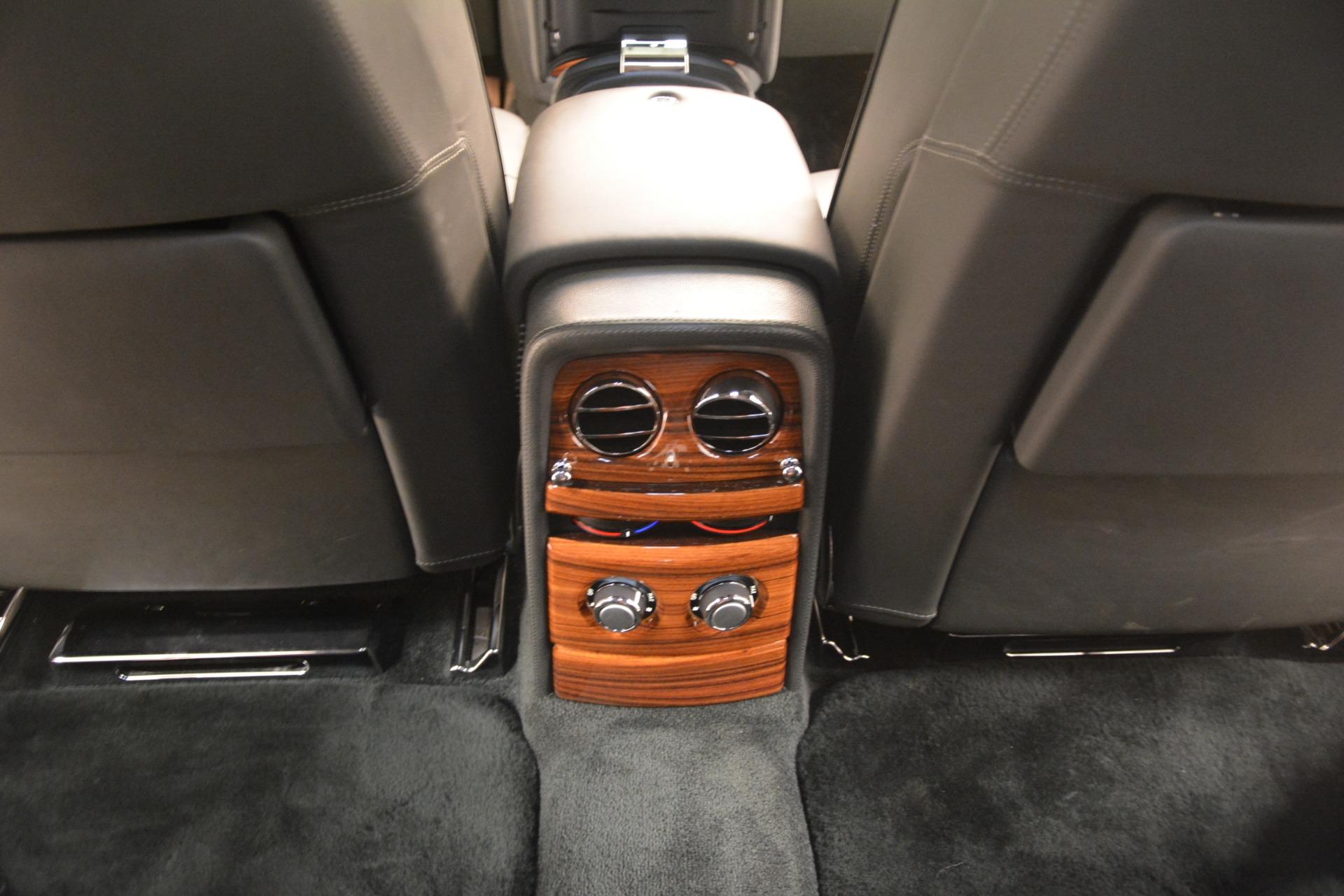 Used 2007 Rolls-Royce Phantom  For Sale In Westport, CT 3089_p35