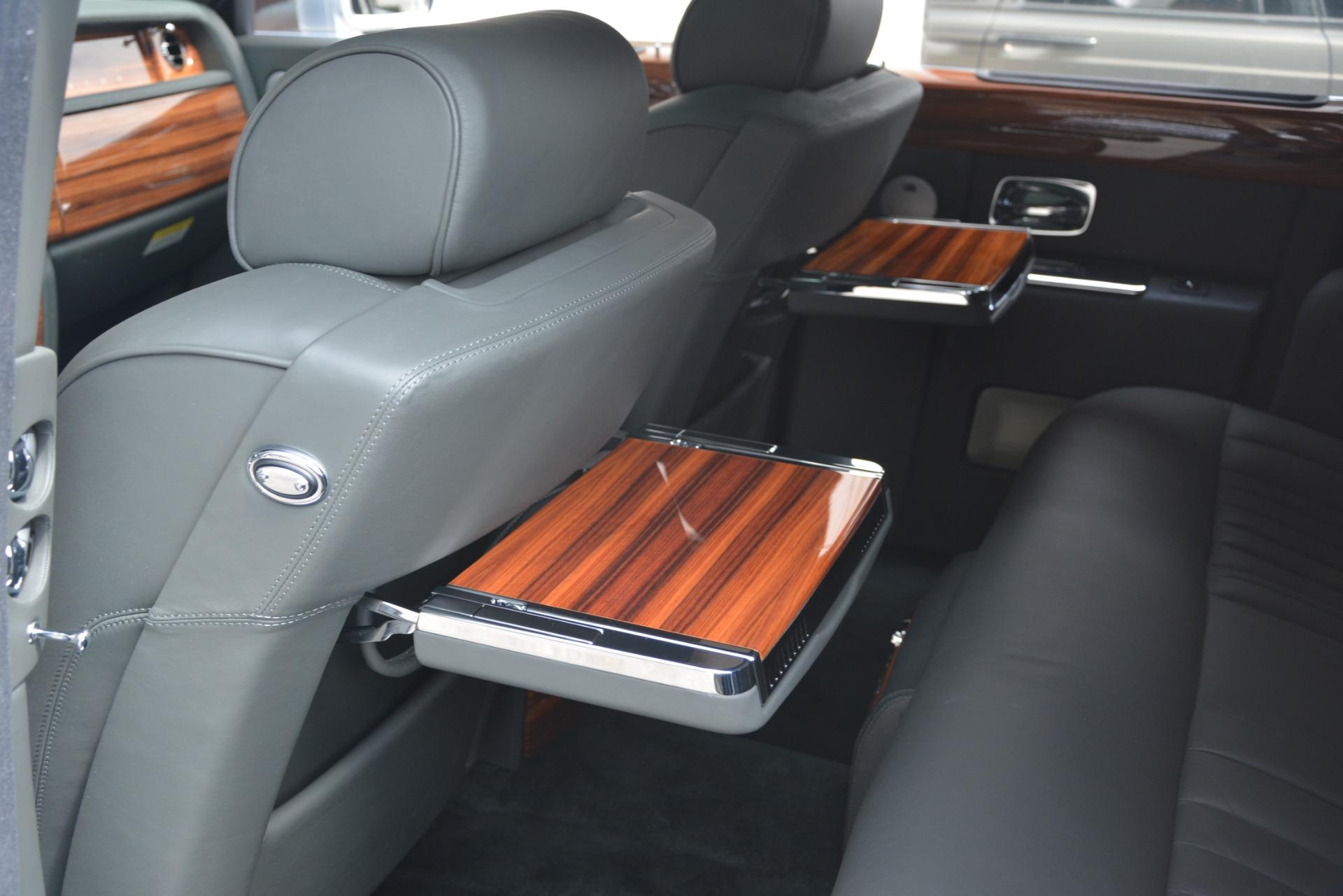 Used 2007 Rolls-Royce Phantom  For Sale In Westport, CT 3089_p44