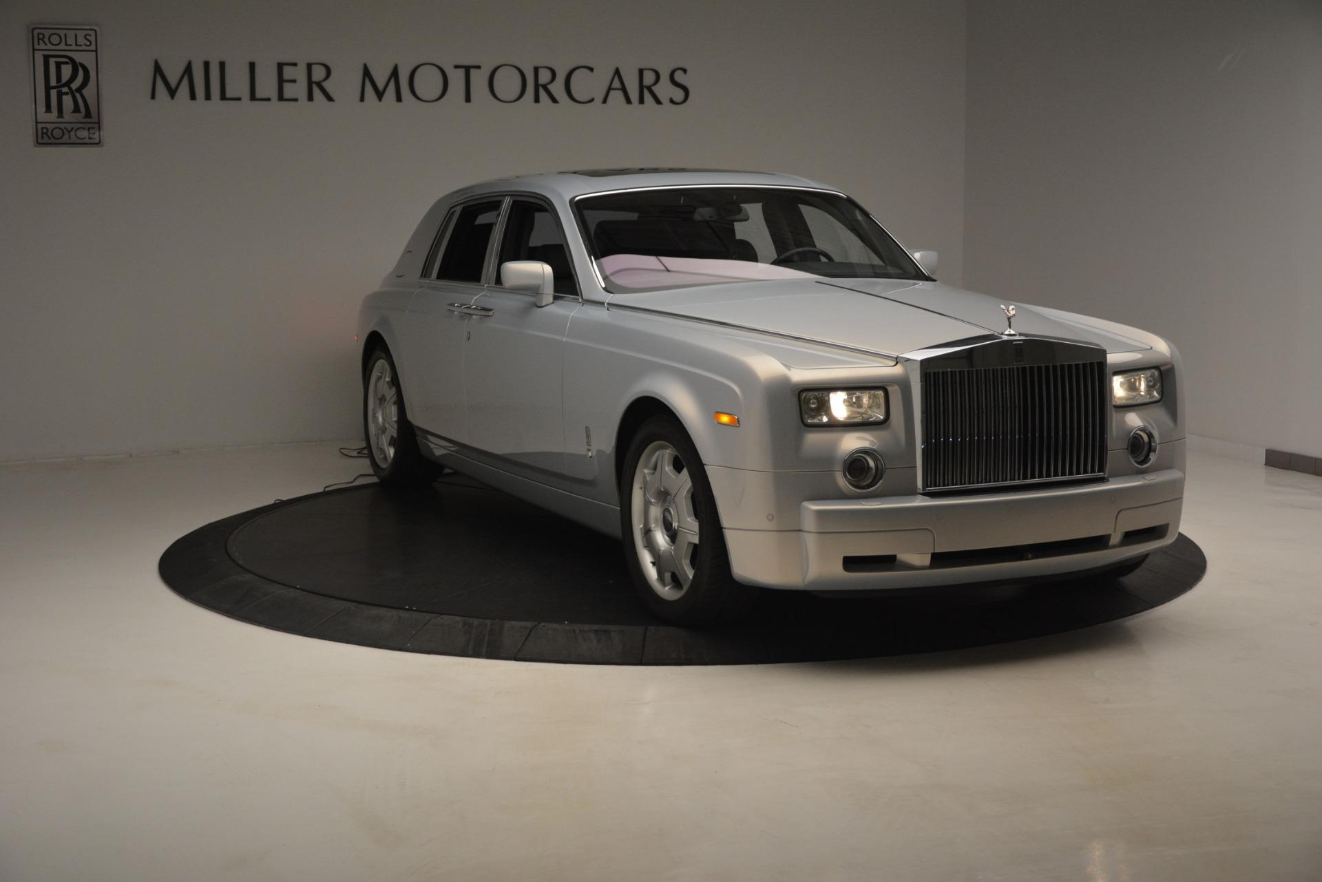 Used 2007 Rolls-Royce Phantom  For Sale In Westport, CT 3089_p4