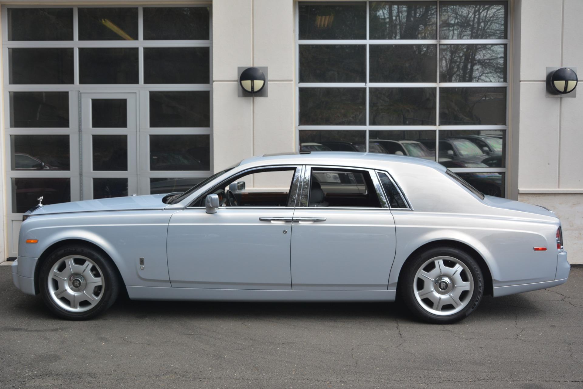 Used 2007 Rolls-Royce Phantom  For Sale In Westport, CT 3089_p7