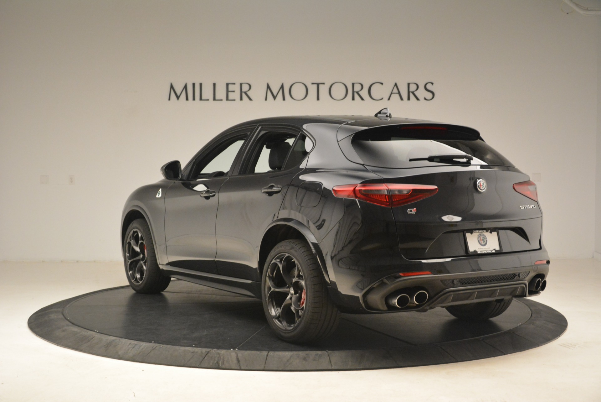 New 2019 Alfa Romeo Stelvio Quadrifoglio For Sale In Westport, CT 3096_p5