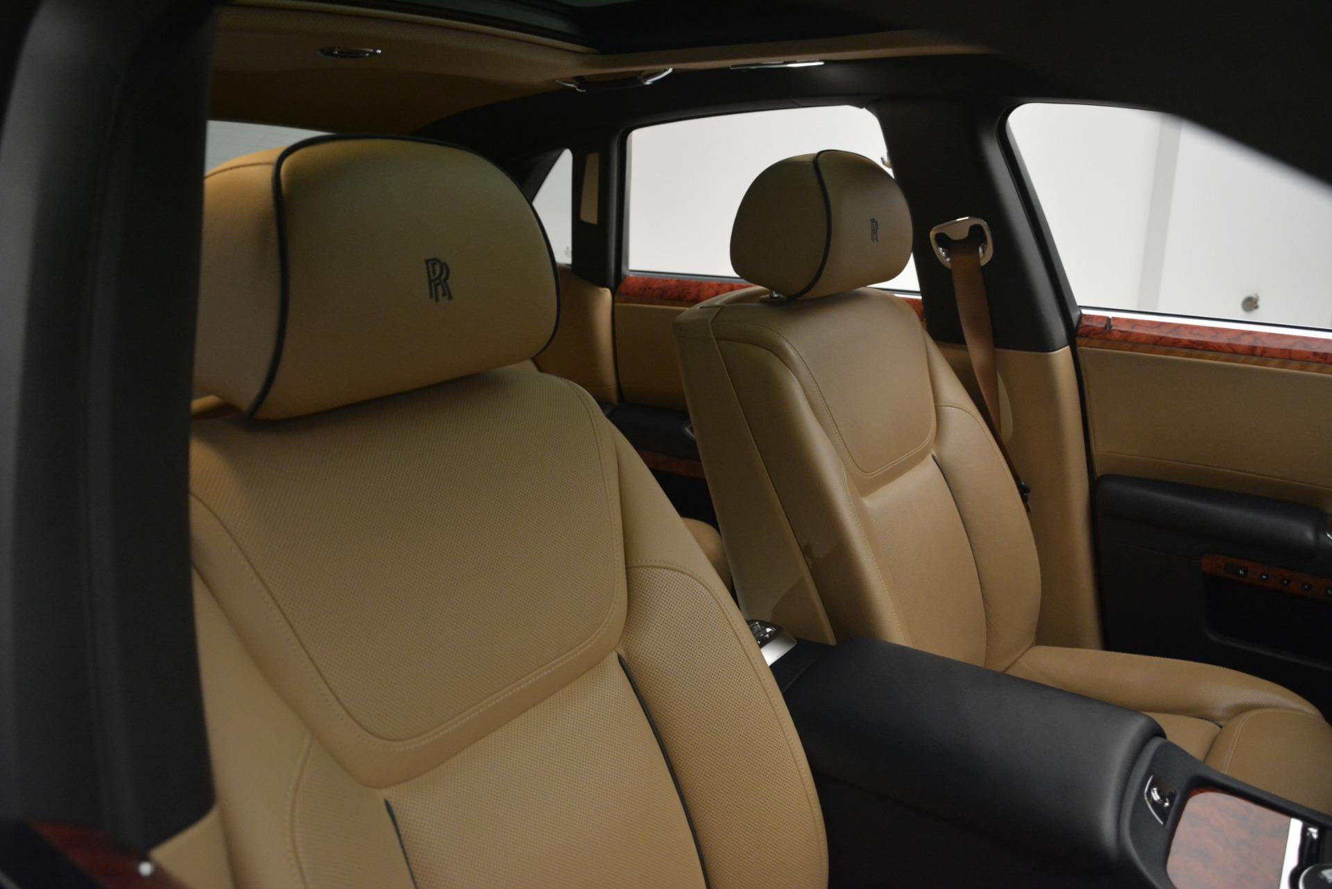 Used 2015 Rolls-Royce Ghost  For Sale In Westport, CT 3113_p17
