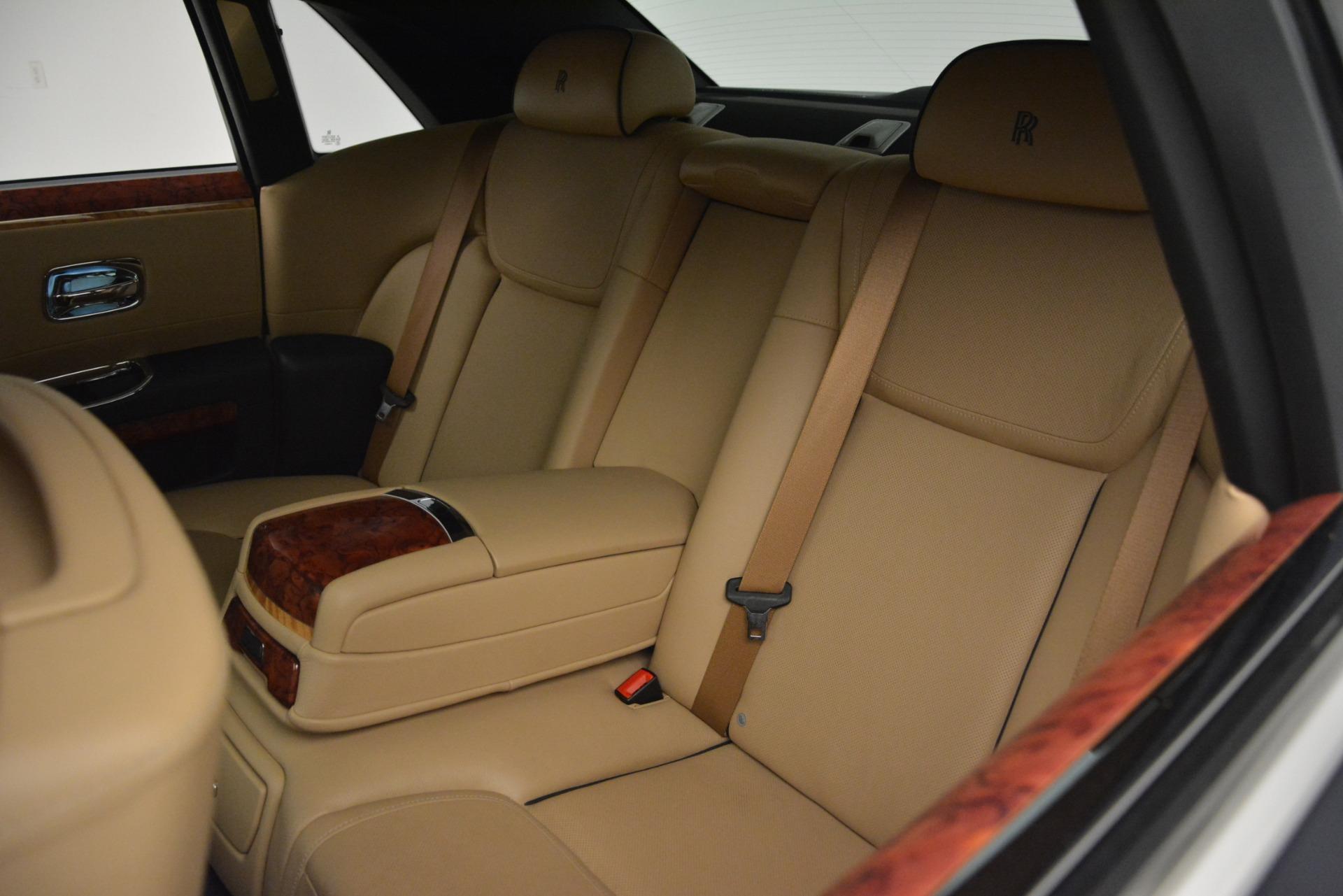 Used 2015 Rolls-Royce Ghost  For Sale In Westport, CT 3113_p18