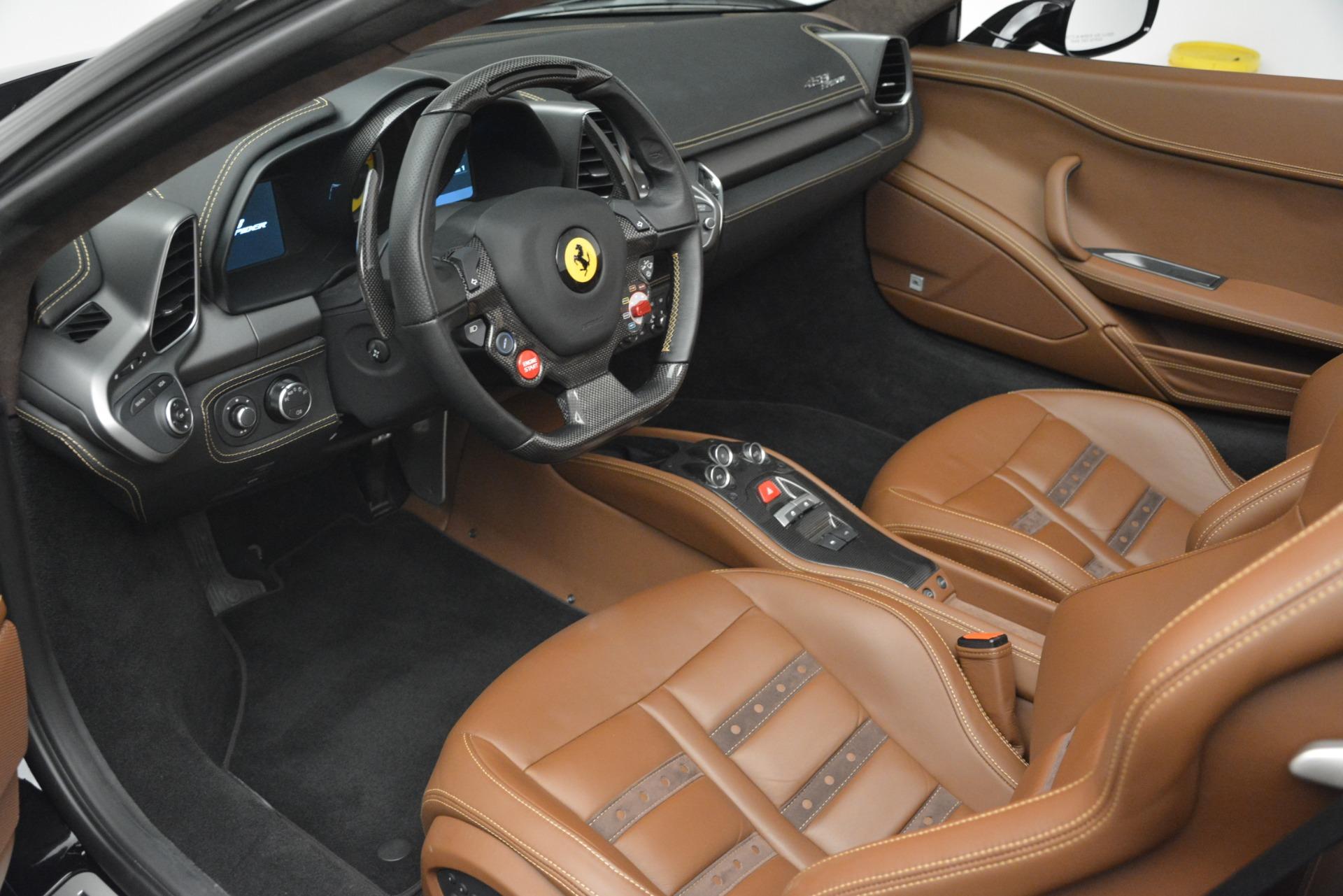 Used 2013 Ferrari 458 Spider  For Sale In Westport, CT 3114_p19