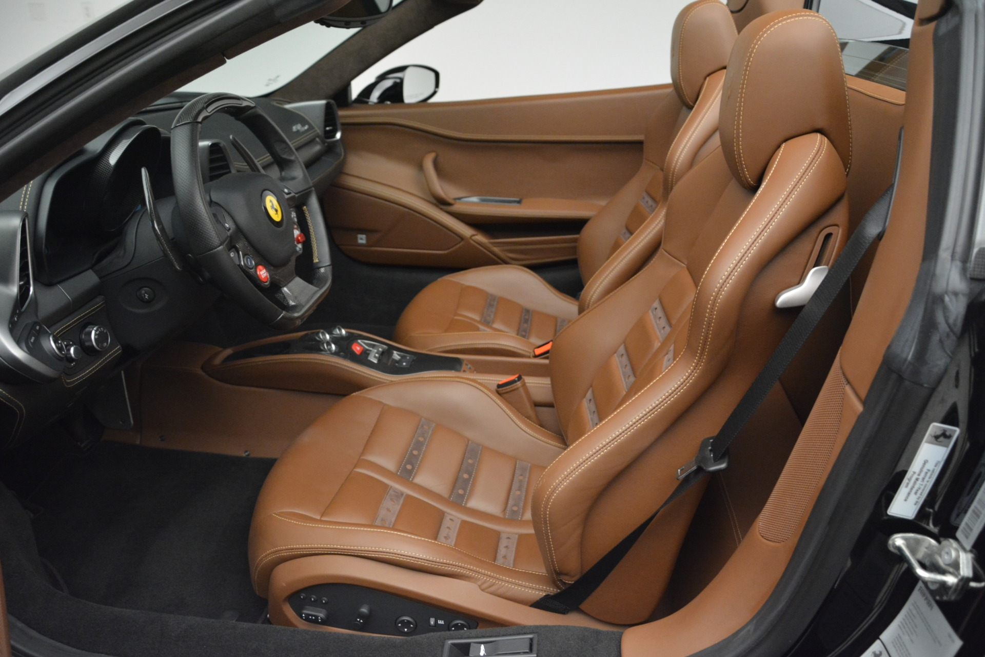 Used 2013 Ferrari 458 Spider  For Sale In Westport, CT 3114_p20
