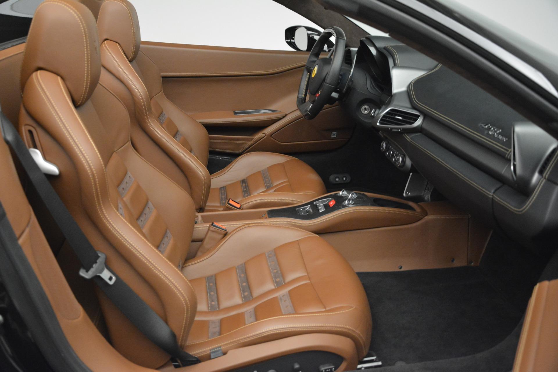 Used 2013 Ferrari 458 Spider  For Sale In Westport, CT 3114_p24