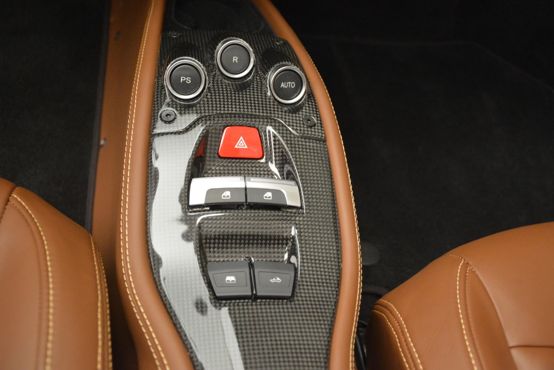 Used 2013 Ferrari 458 Spider  For Sale In Westport, CT 3114_p28