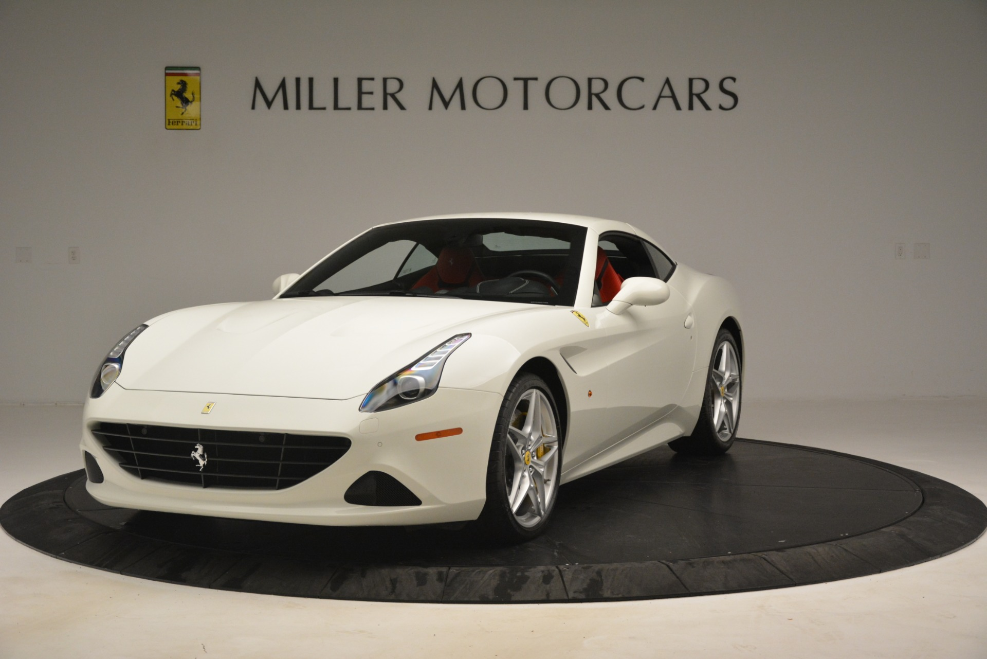 Used 2016 Ferrari California T  For Sale In Westport, CT 3115_p13