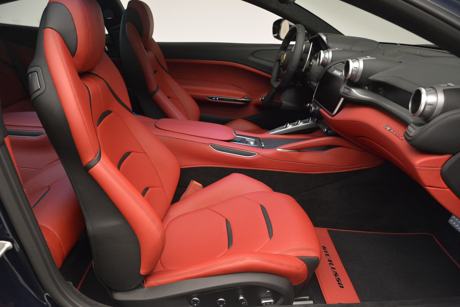 Used 2019 Ferrari GTC4Lusso  For Sale In Westport, CT 3118_p19