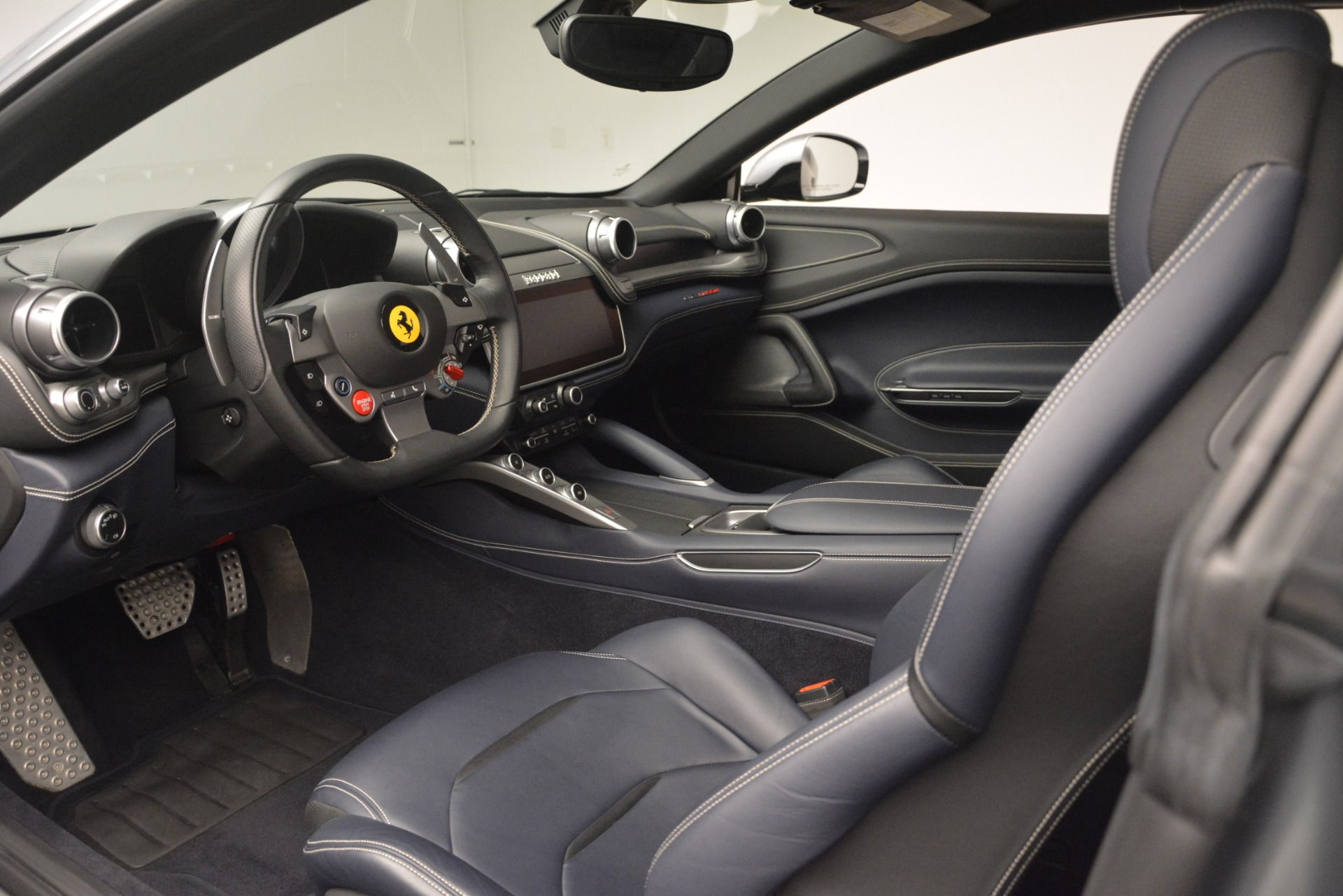 Used 2017 Ferrari GTC4Lusso  For Sale In Westport, CT 3119_p13