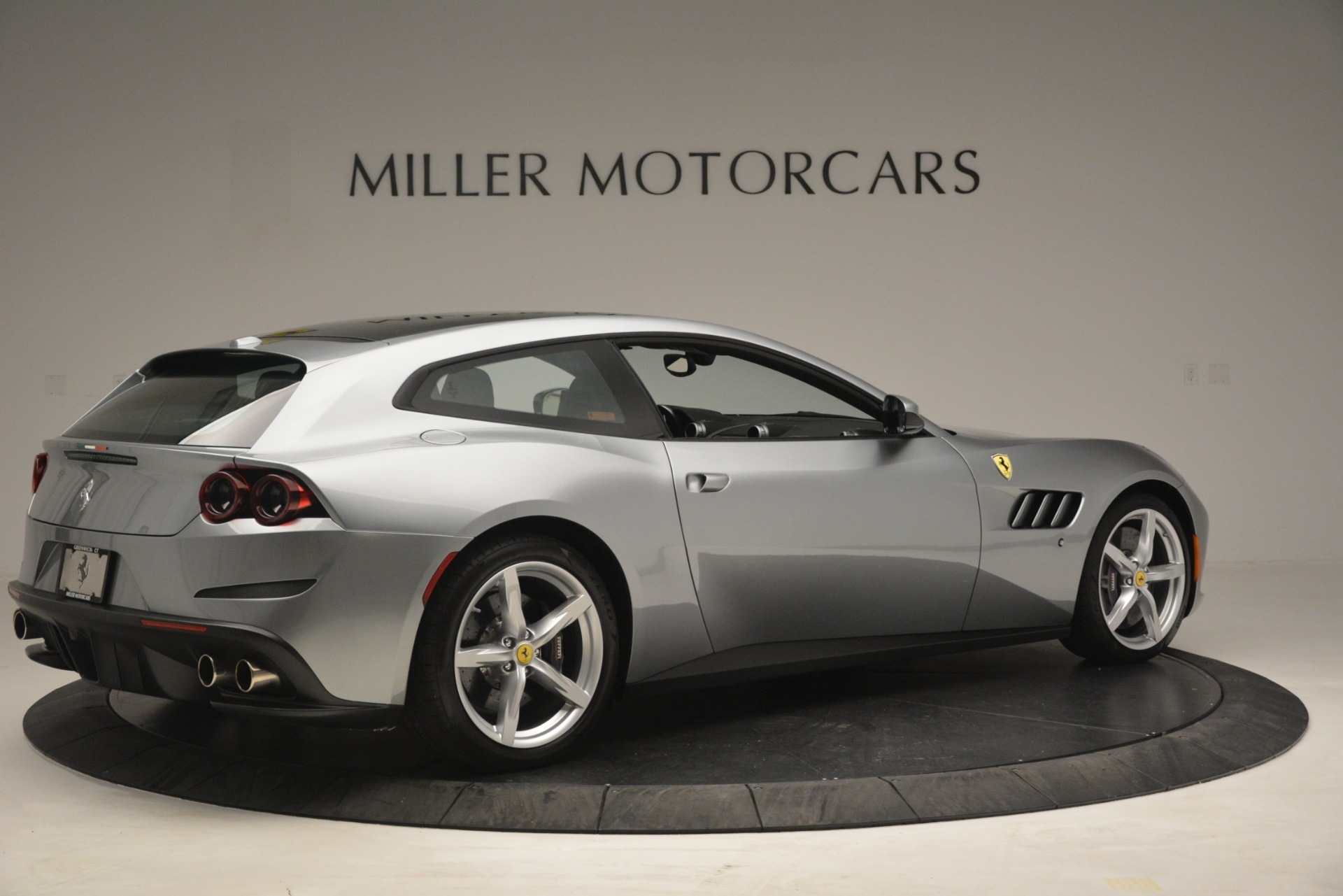 Used 2017 Ferrari GTC4Lusso  For Sale In Westport, CT 3119_p8
