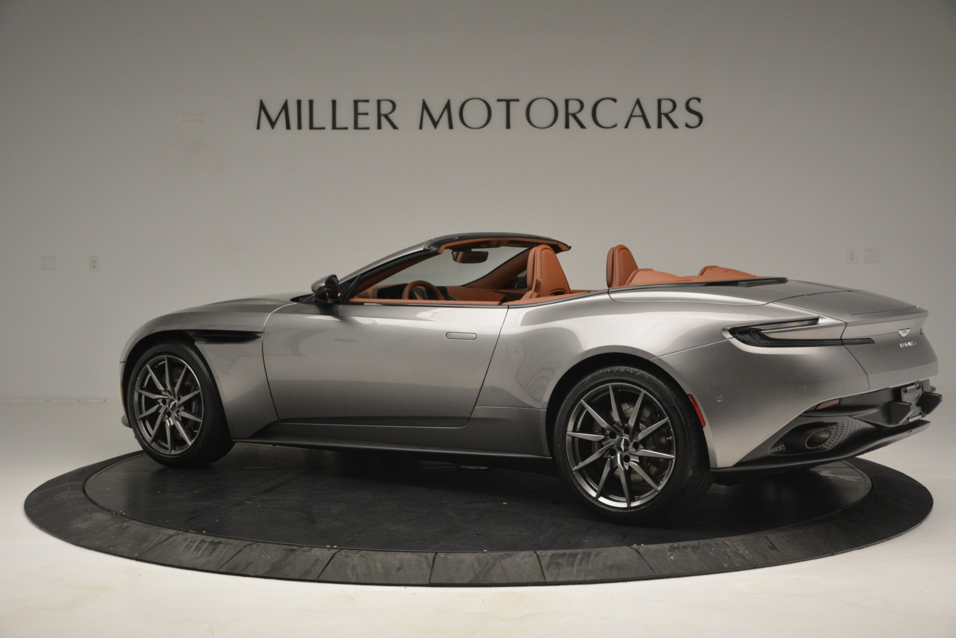 New 2019 Aston Martin DB11 V8 Convertible For Sale In Westport, CT 3121_p4