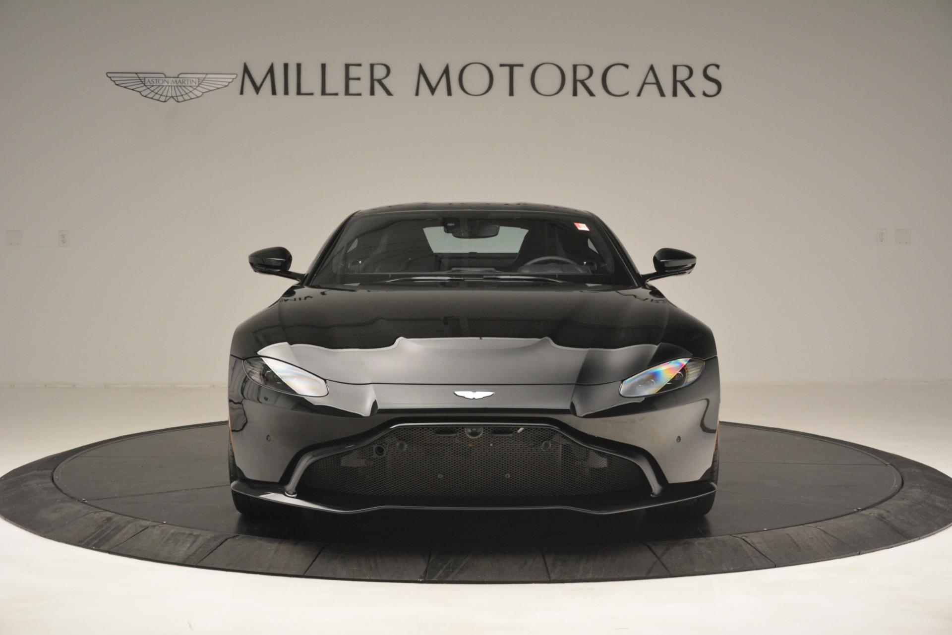 New 2019 Aston Martin Vantage V8 For Sale In Westport, CT 3124_p12