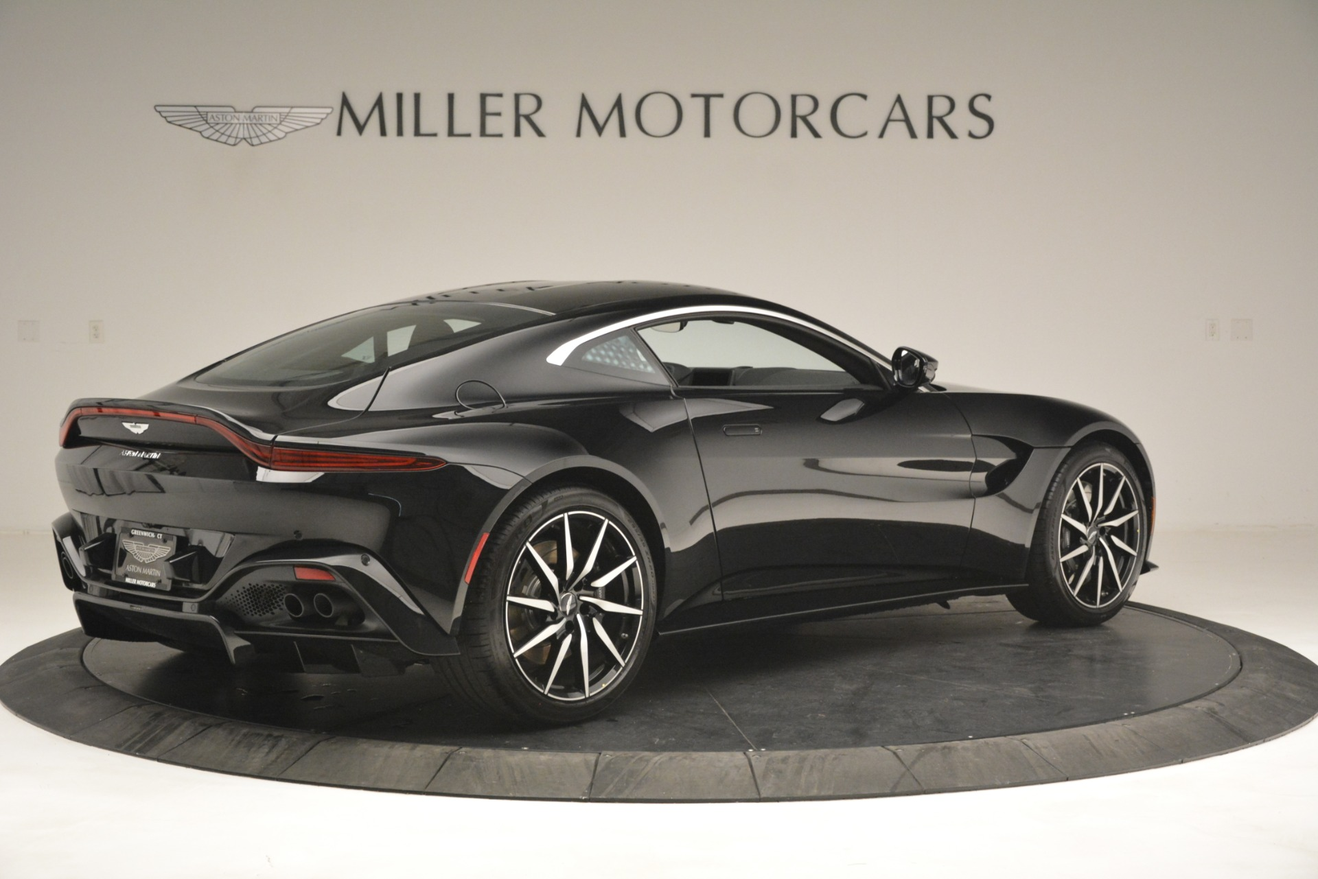 New 2019 Aston Martin Vantage V8 For Sale In Westport, CT 3124_p8