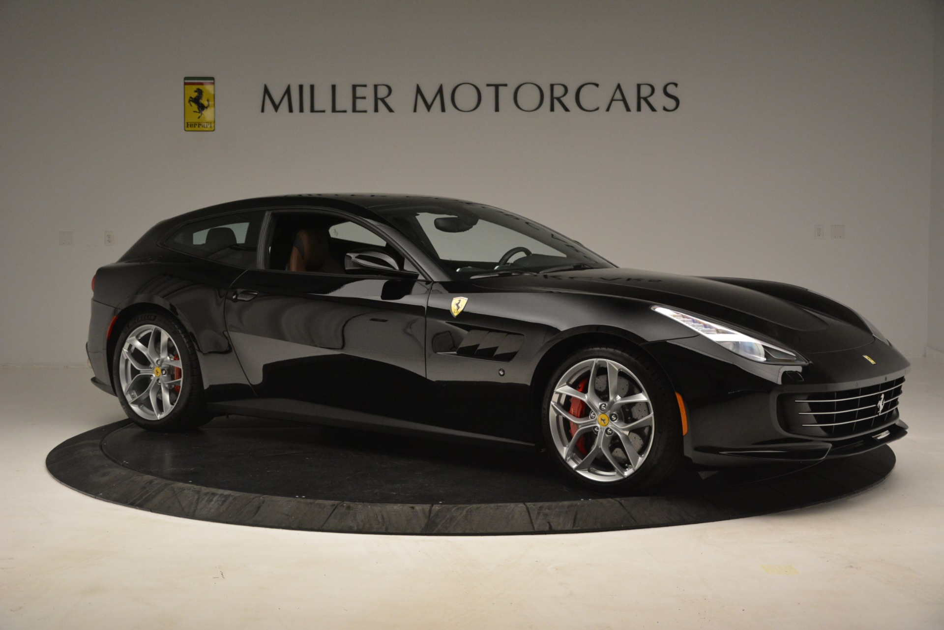 Used 2018 Ferrari GTC4Lusso T  For Sale In Westport, CT 3125_p10