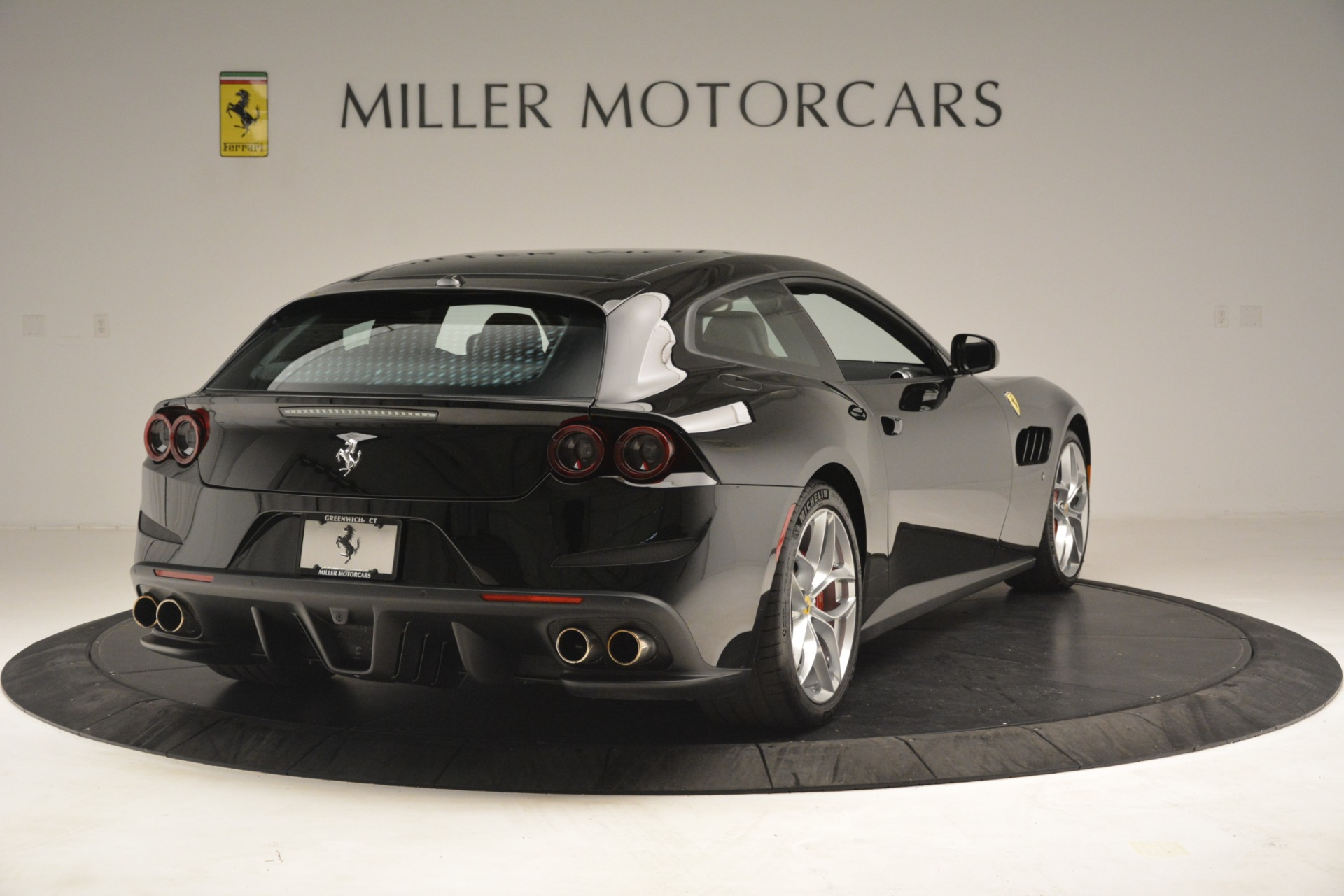 Used 2018 Ferrari GTC4Lusso T  For Sale In Westport, CT 3125_p7